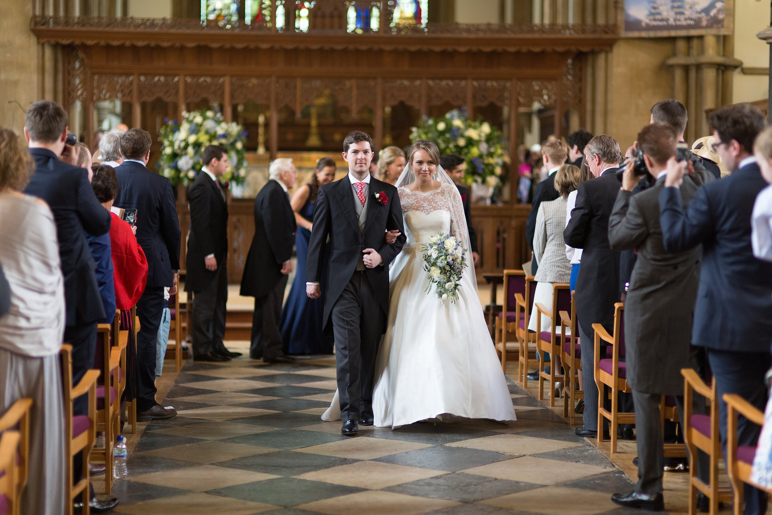 MIRIAM_FAITH_WEDDING_FLOWERS_CEREMONY_CASCADE_BRIDE_BOUQUET.jpg