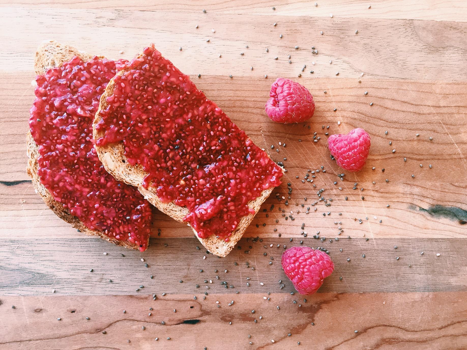 raspberry-vanilla-chia-seed-jam