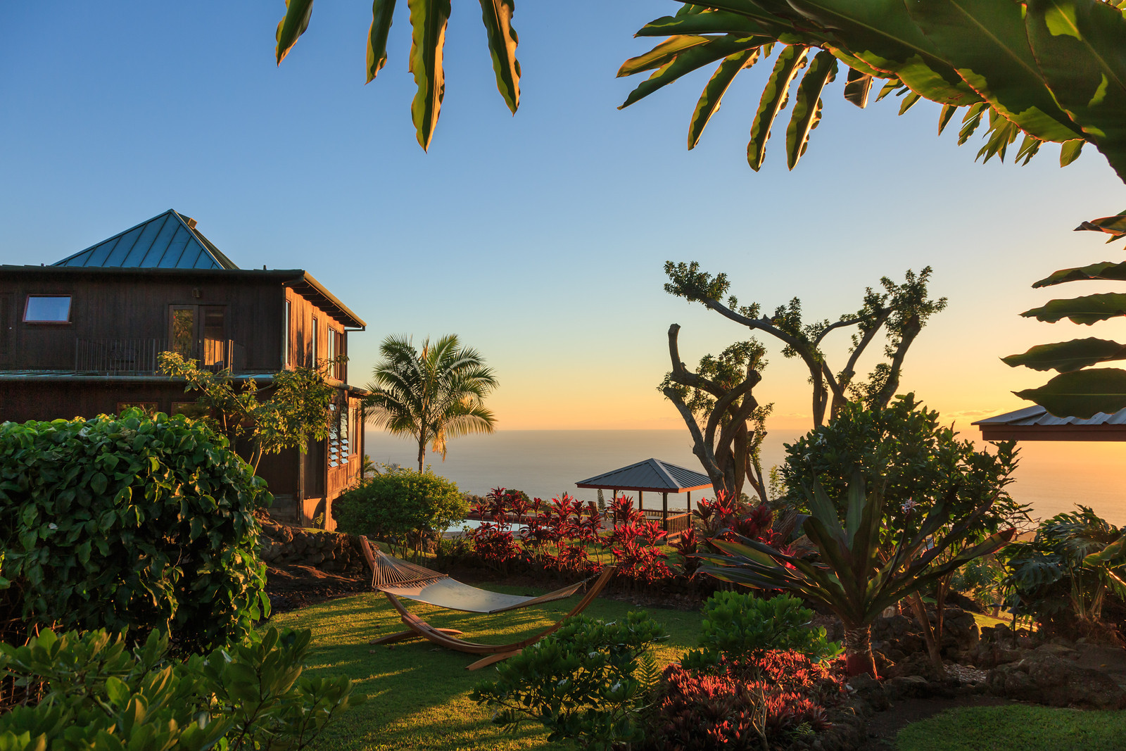 Holualoa Inn near Kona, Hawaii is the perfect romantic getaway