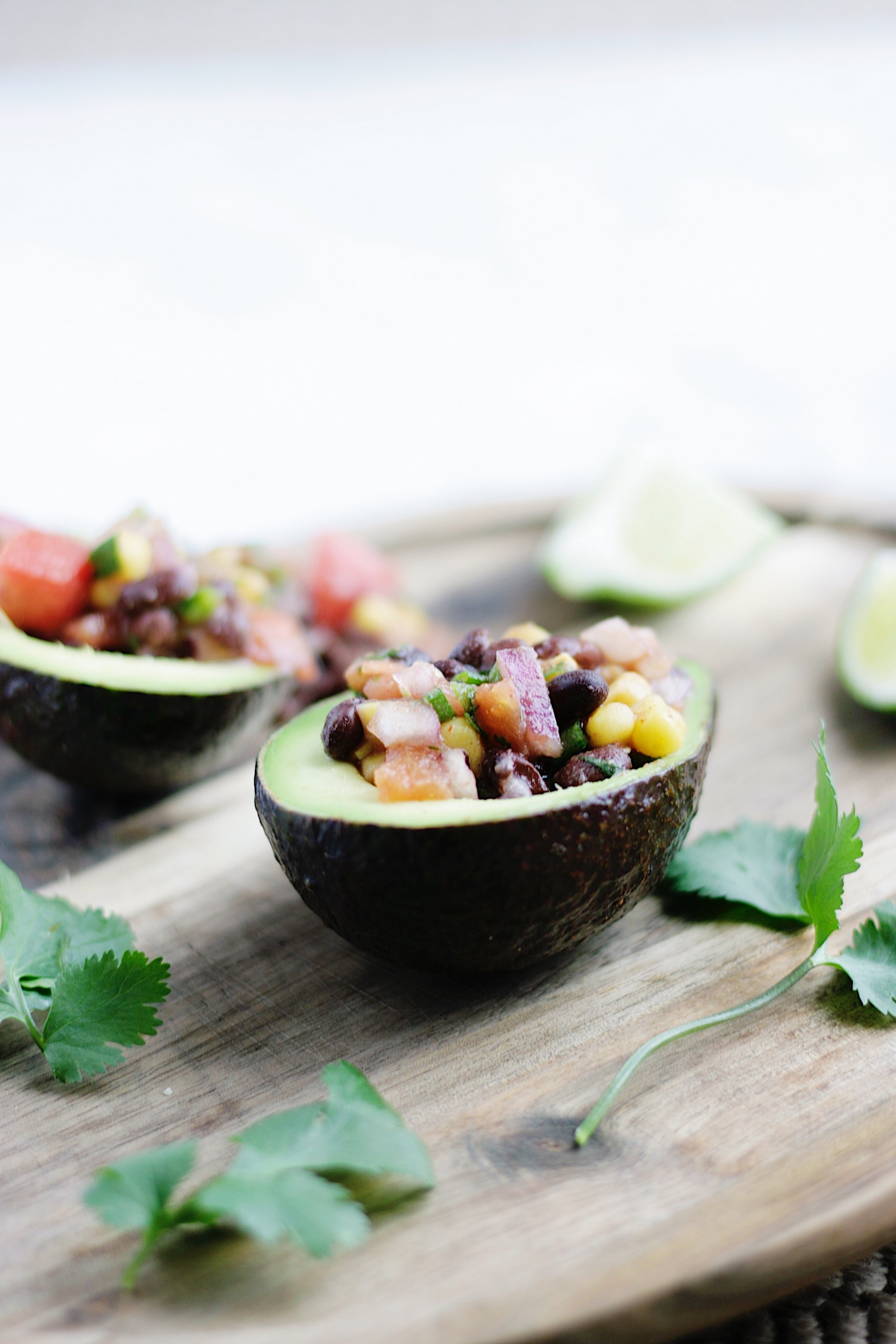 Southwestern Avocado Boats that taste like a healthier version of Taco Bell