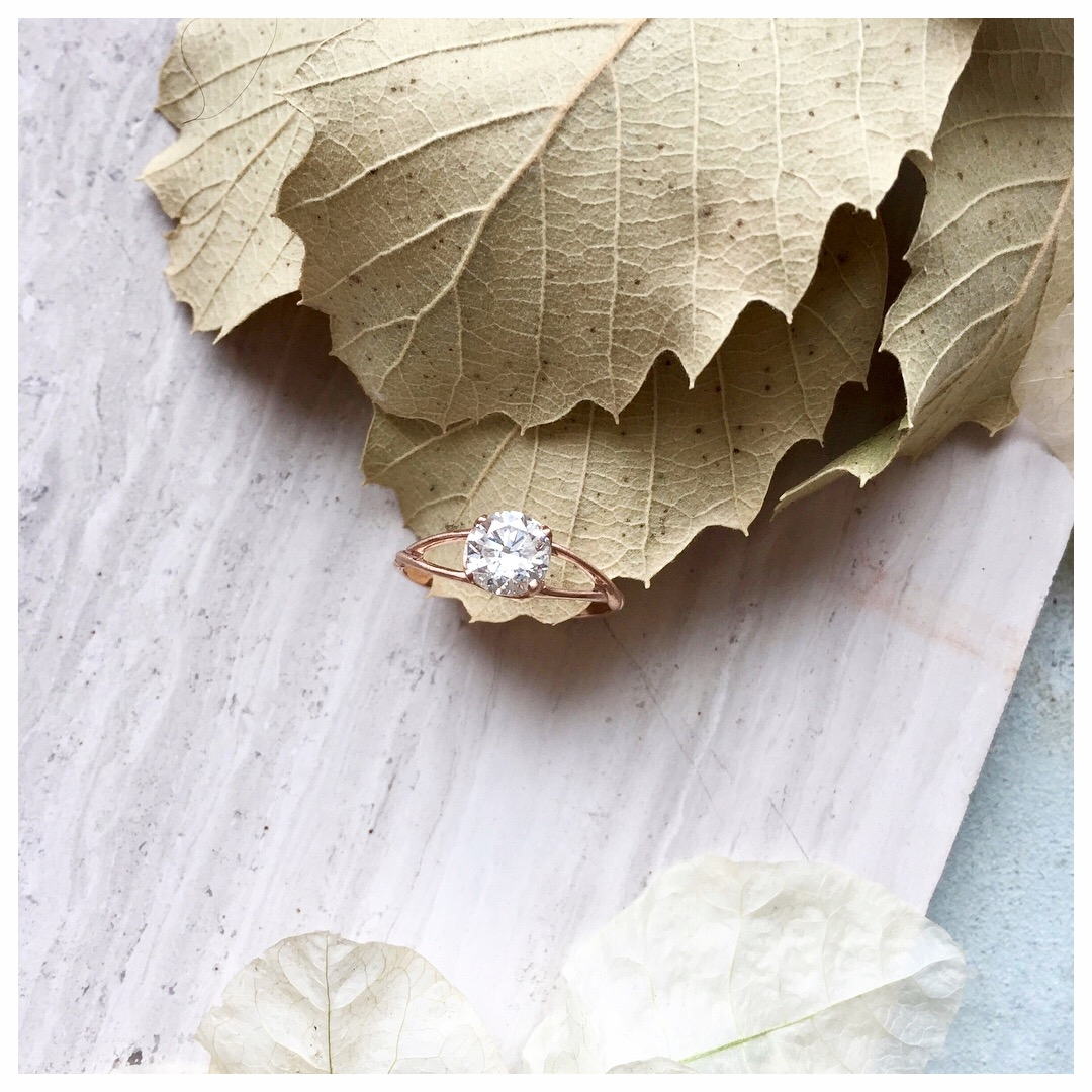 14k rose gold and diamond engagement ring (2018)
