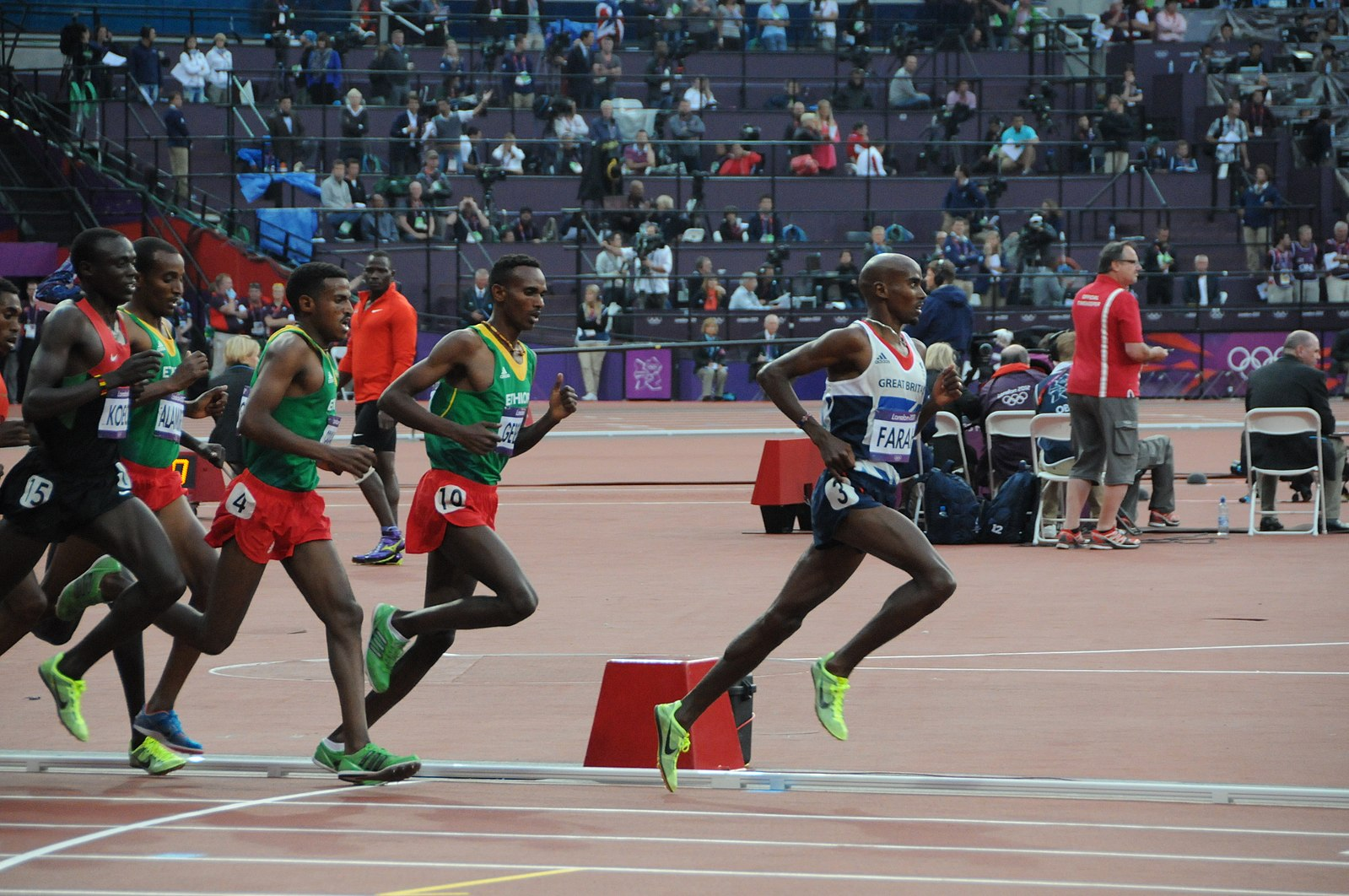 1599px-Mo_Farah_(5000m_Olympic_Final).jpg