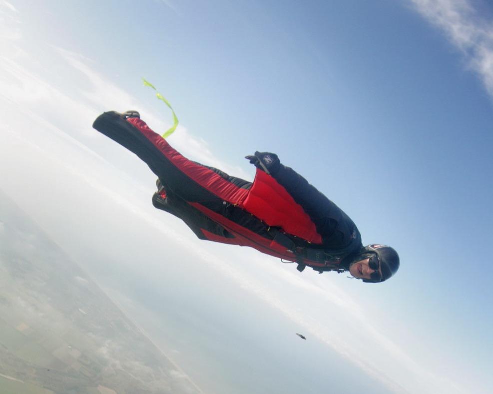 Wingsuit_flyer_in_Holland.jpg
