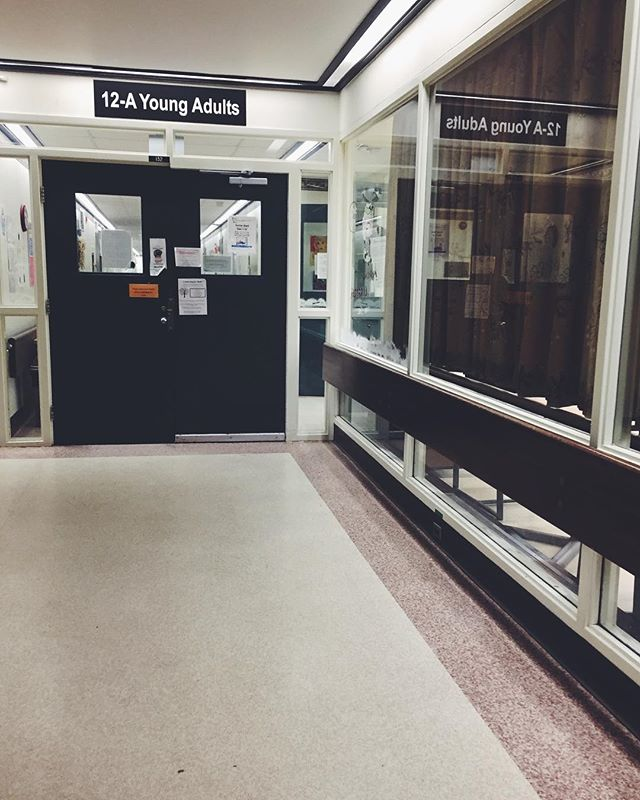 This is a space you may very well never see; the vestibule of building 12 at Alberta Hospital. The work of Inner Peace Project isn't glamorous or aesthetic, or perhaps even Instagram-worthy... but it is important and profoundly meaningful for those we work with. To date, IPP has yet to reach out to any community organization to offer our work, but groups continue to hear of what we're up to and ask our support in running yoga projects just like this one. The need is real, your support allows us to continue to make these offerings and we are deeply in gratitude. || Join us tonight, 6:30pm at the SATTVA School for POWER OF LOVE #sattva #innerpeaceproject #poweroflove