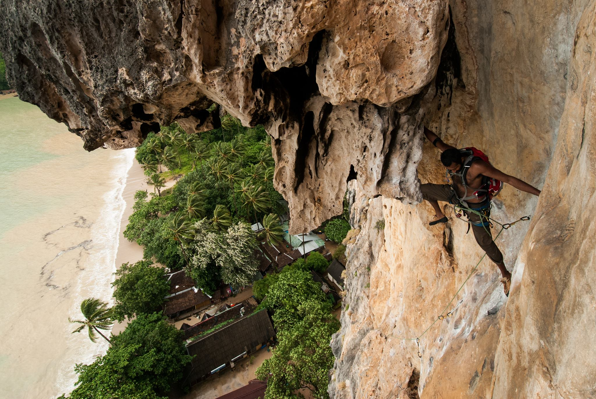 Cyril Francis making a very exposed move in Tonsai, Thailand
