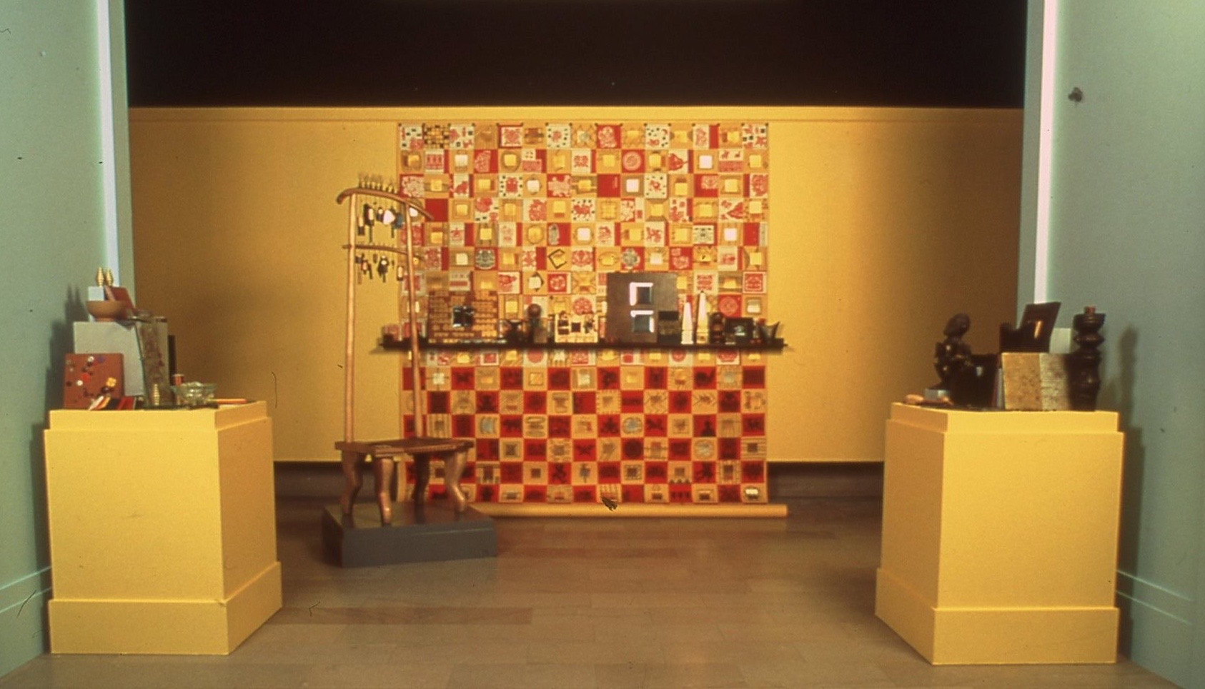 Newark Museum-ModusOperandiForImaginationAndInvention,1992-2000 InstallationView.jpg