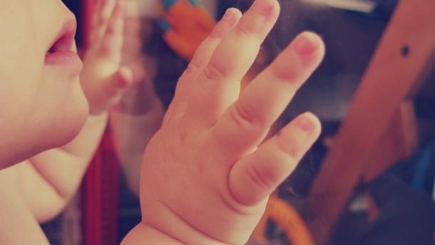 hand-baby-610x407.jpg