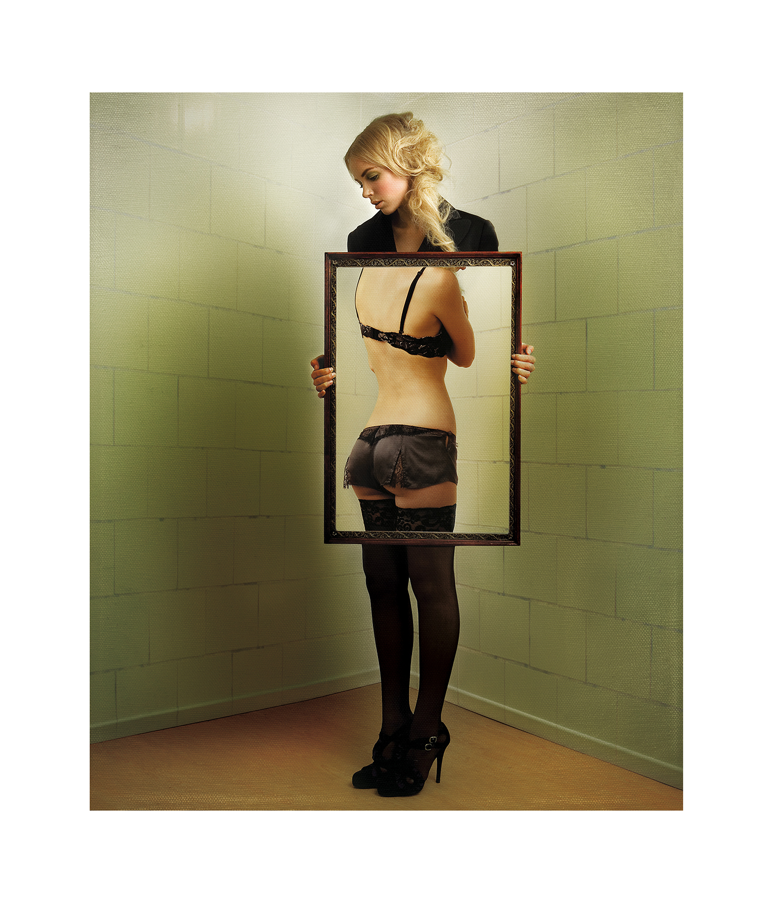 magritte 16.jpg