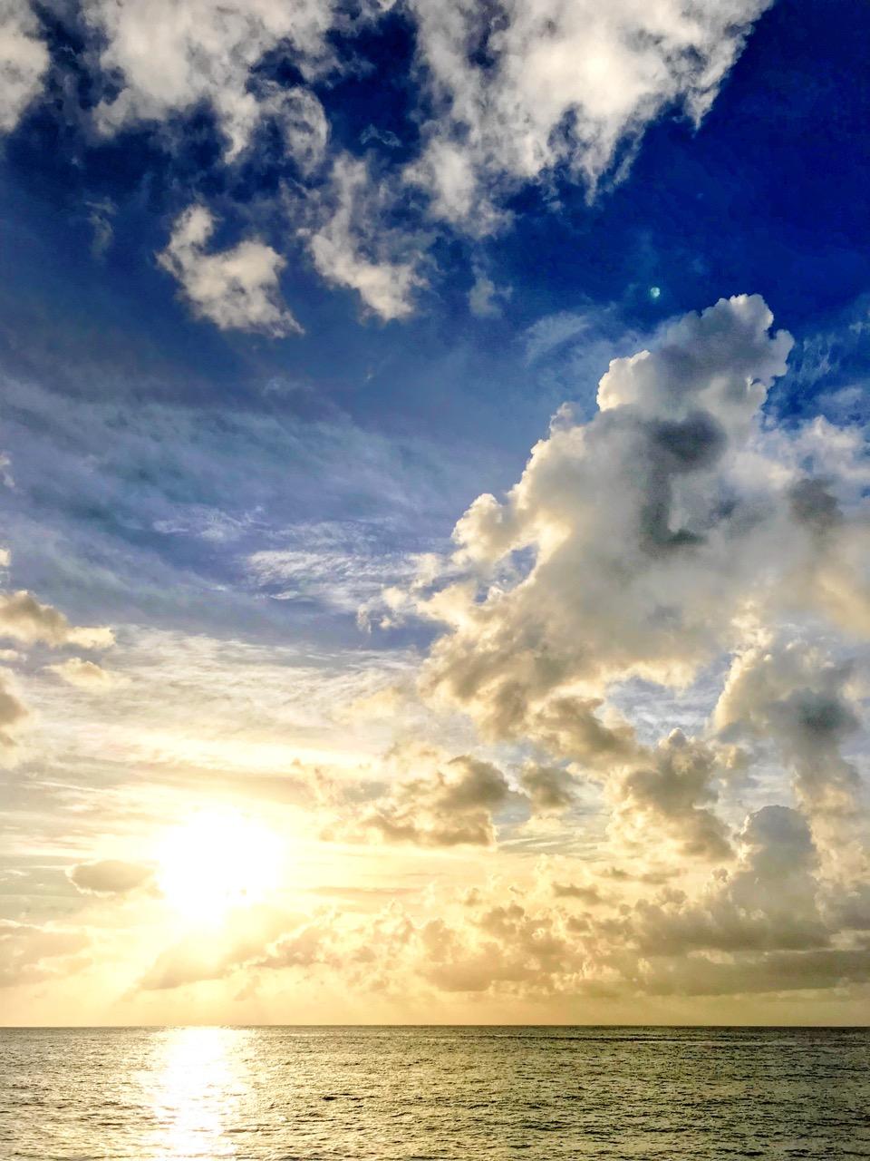 180524_OahuTrip_iPhone_Sunset.jpg
