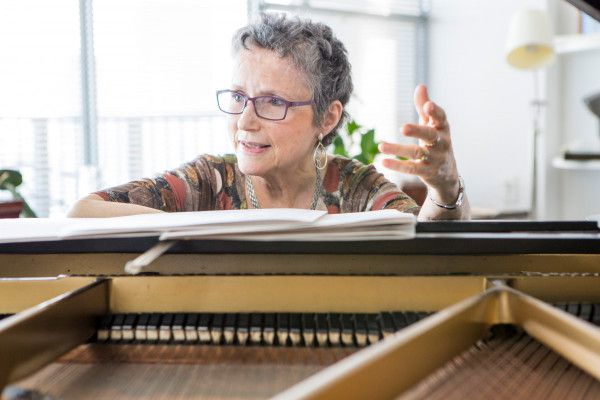 """WHAT YOU NEED TO KNOW - Take a deep dive with us on the staggering virtuosity of Pulitzer Prize-winning composer Shulamit Ran's String Quartet No. 2, """"Vistas"""" – and discover why she is one of new music's most beloved celebrities."""