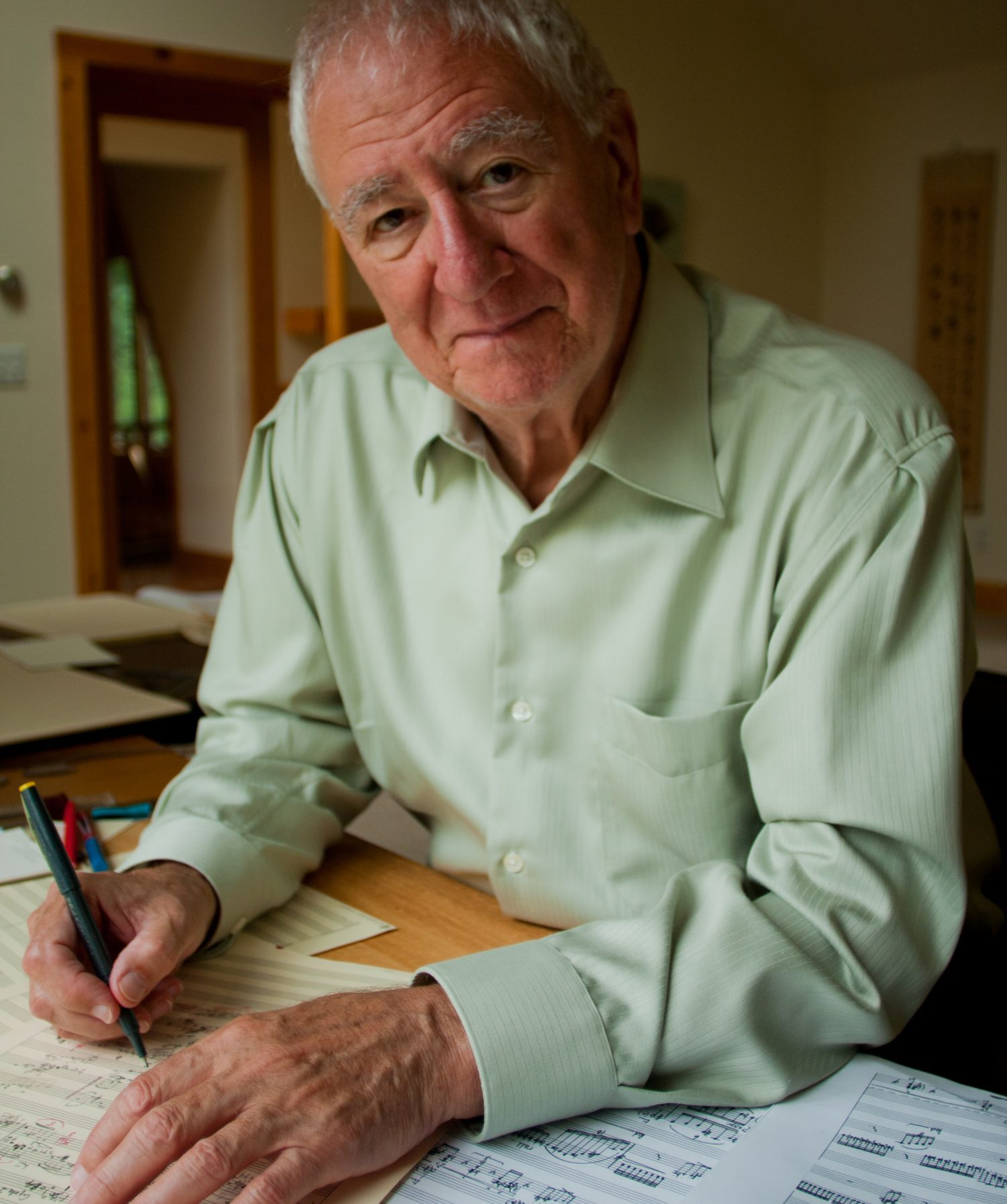 WHAT YOU NEED TO KNOW - Pulitzer Prize-winning composer Bernard Rands is one of Chicago's preeminent composers, and we're honoring him with the world premiere of a new string quartet…as well as nine world premieres by the members of the Chicago Composers' Consortium – all inspired by his work.