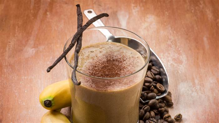banana-coffee-smoothie-stock-today-151118-tease_9fe26ef093f936af2f2654dc58f4a3b9.today-inline-large.jpg