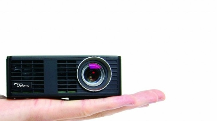 Pico projector - Optoma ML750 - WXGA resolution7000 lumens10000:1 contrastShort throw lens, ultra compact and lightweightThrow calculator