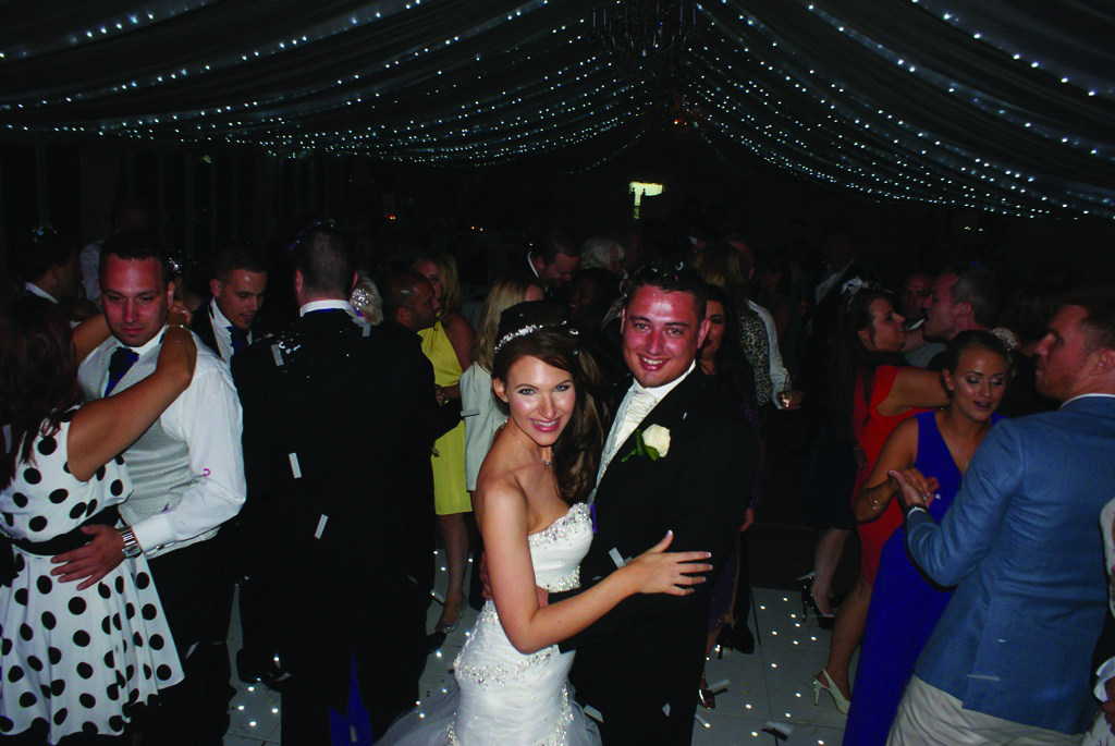 herts based starlit LED dance floor