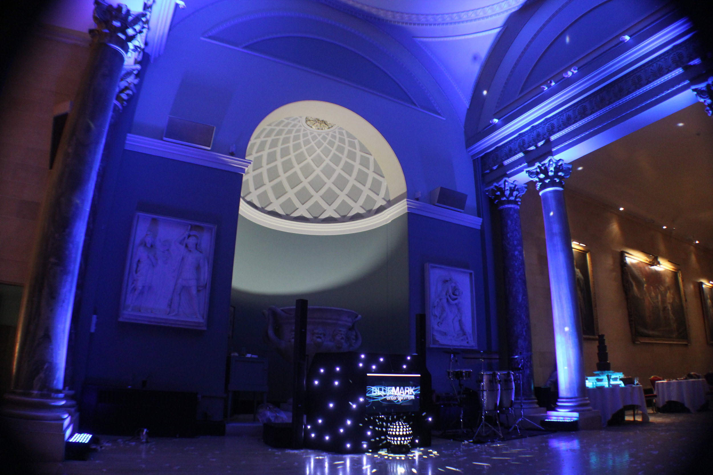 Bluemark wedding DJ Sculpture Gallery lighting