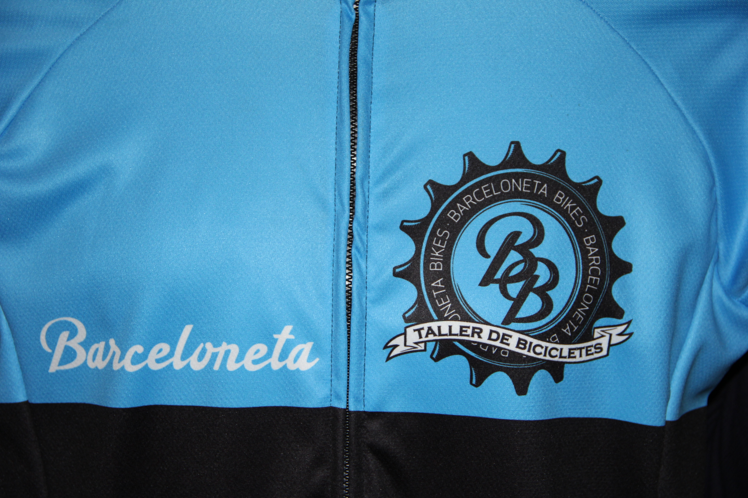 Barceloneta Bikes'  Club jersey: cool!
