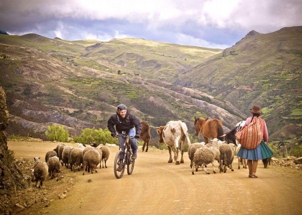 Off roading in Peru with Saddle Skedaddle