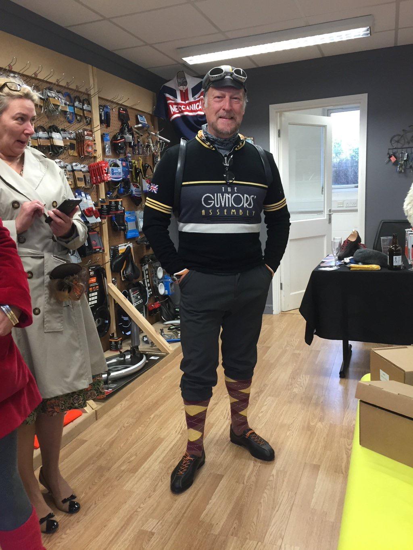 Mark Fairhurst  sporting his new REW Reynolds road shoes