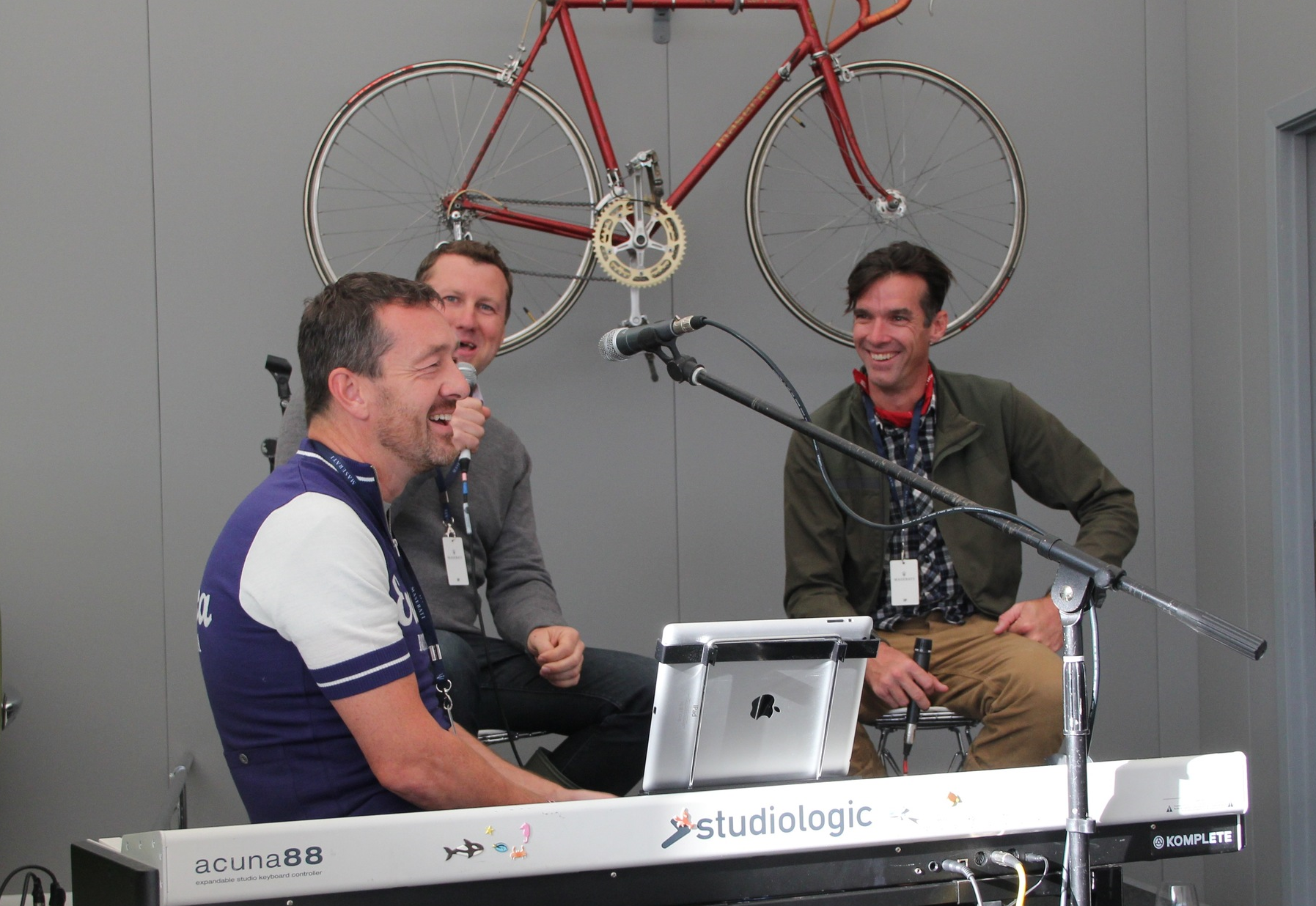 Chris Boardman and David Millar perform a duet at the Eroica Festival 2016