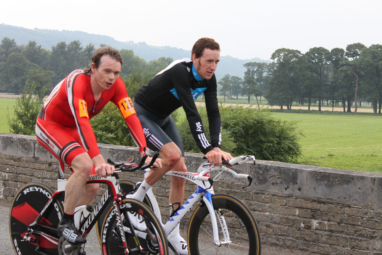 Dr Hutch and Bradley Wiggins at the 2010 National Championships