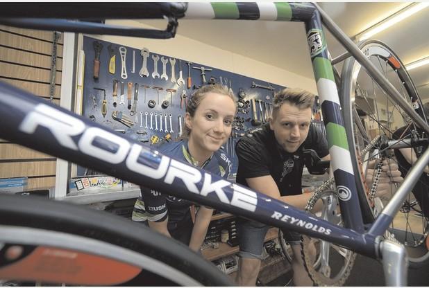 Elinor Barker with her steel track bike