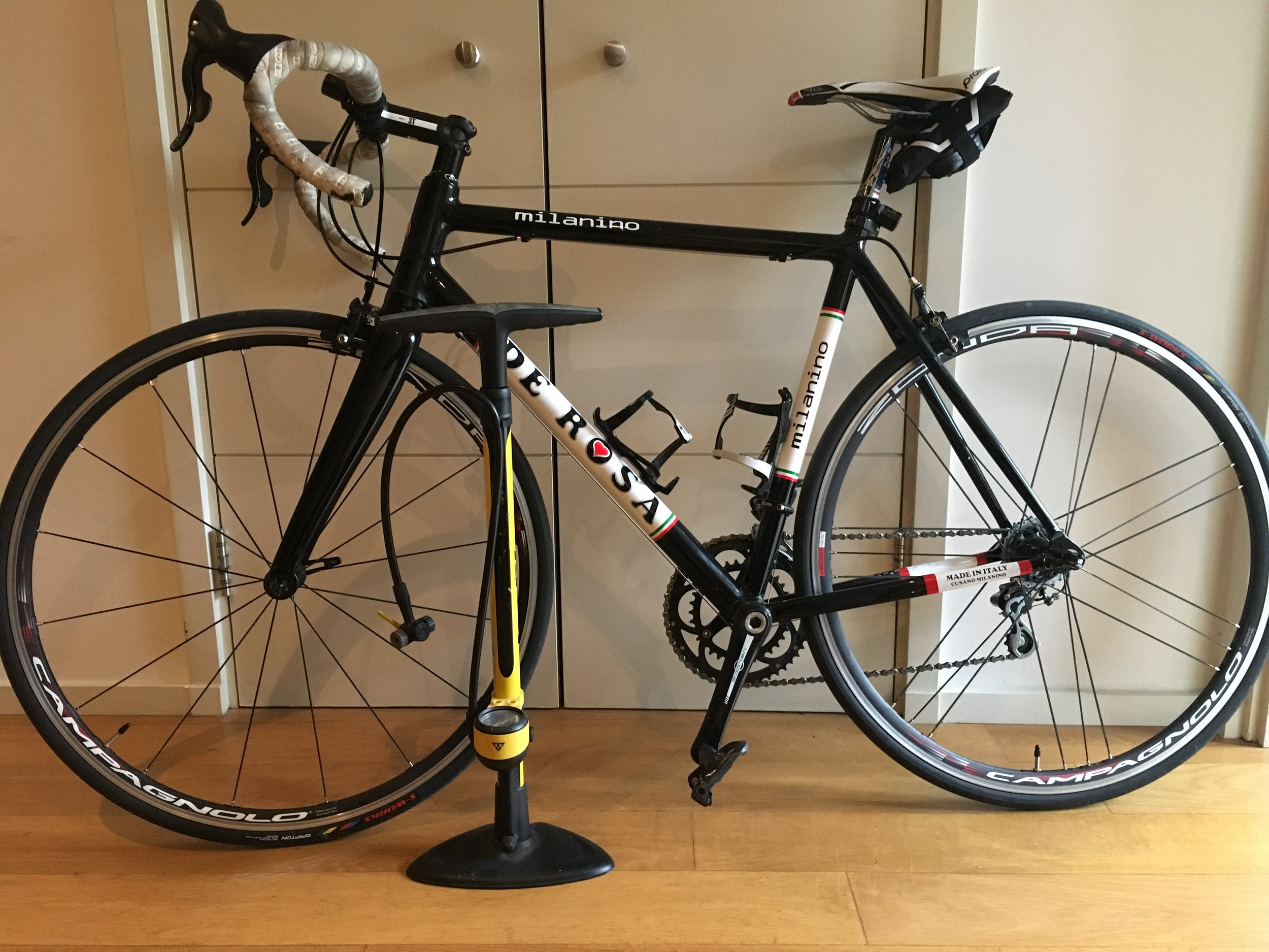 Back to the good old tried and tested conventional tyres (please excuse the bar tape!)