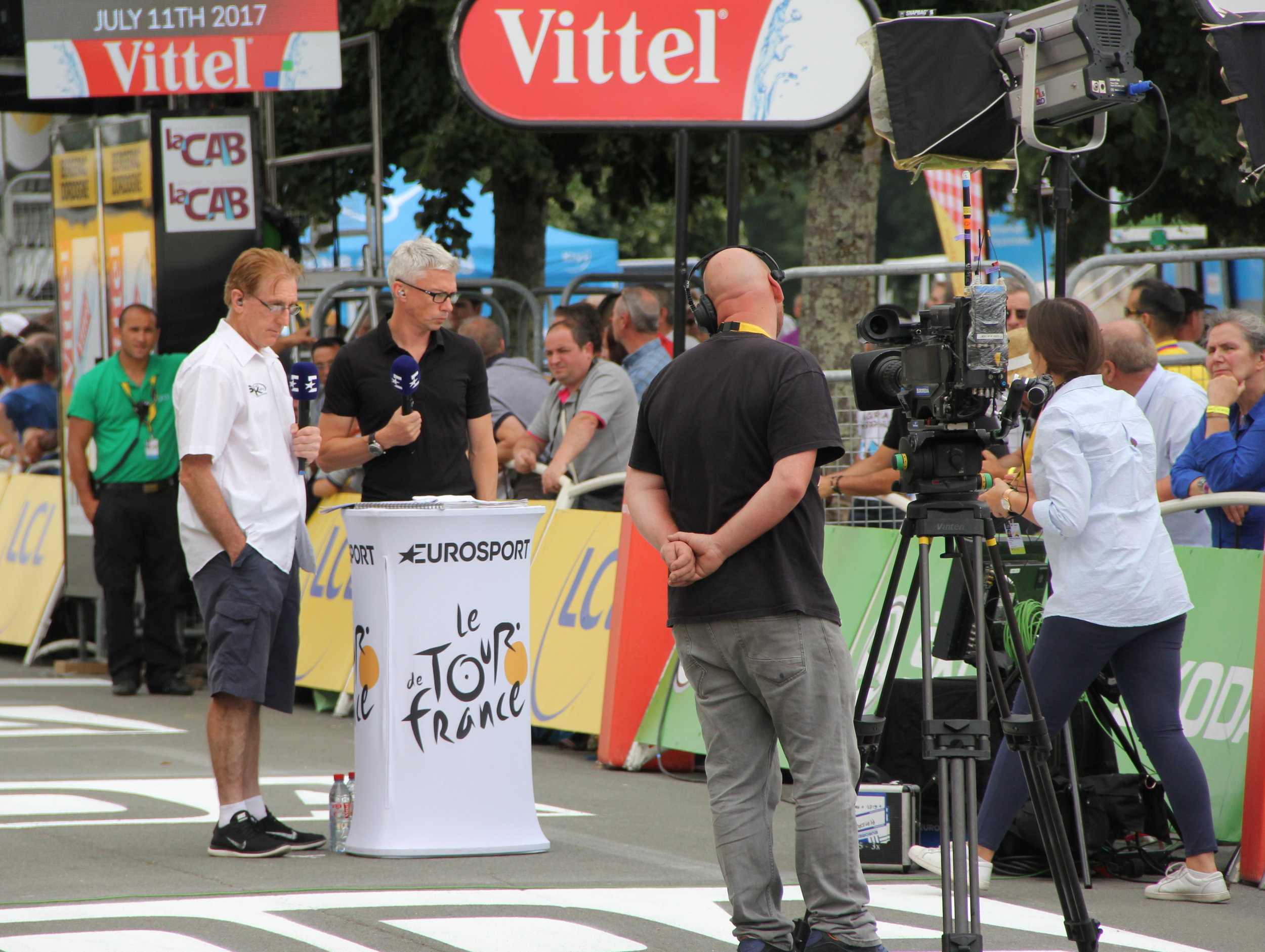 Sean Kelly and Jonathan Edwards record a piece to camera before the start