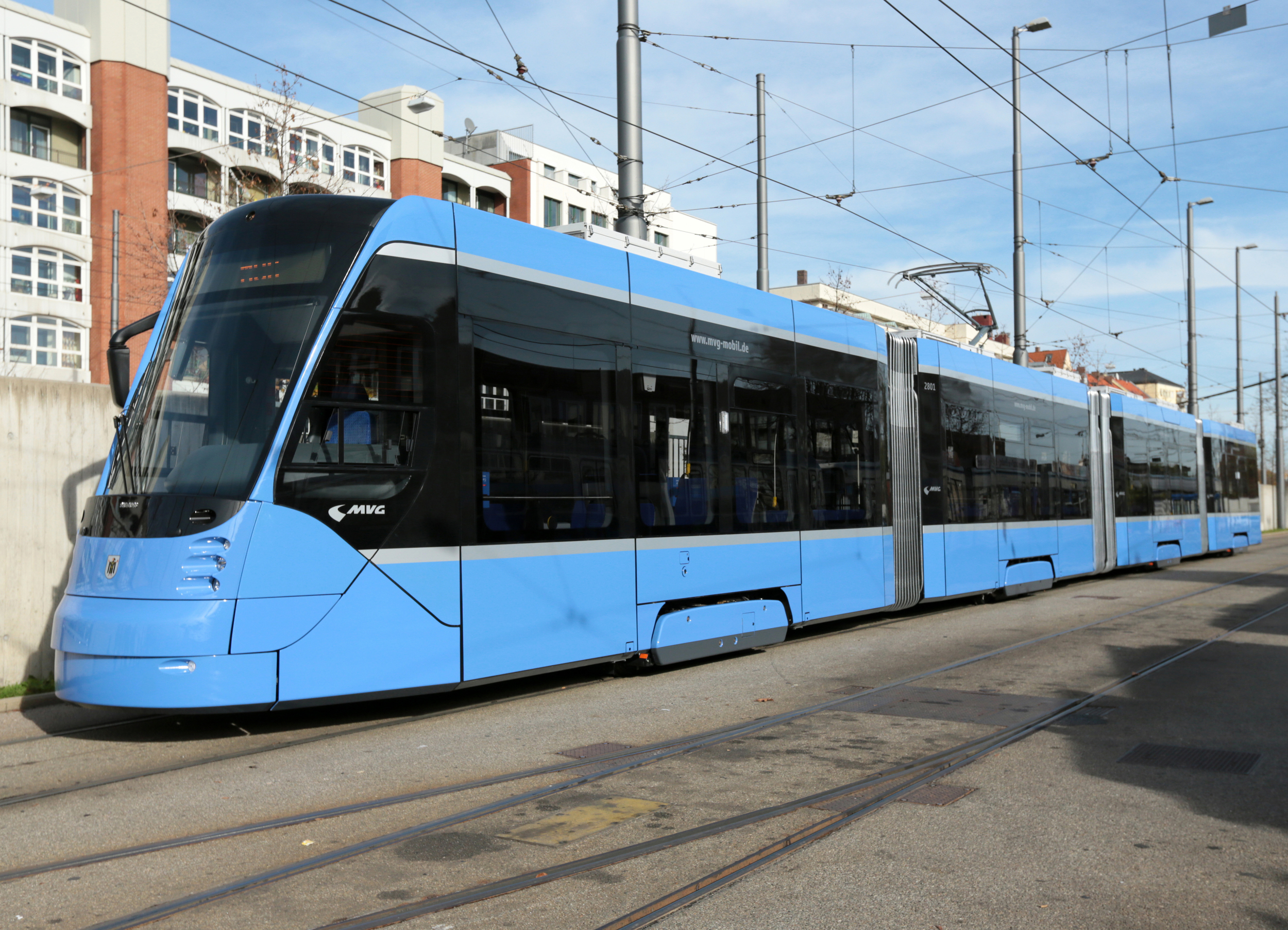 Dosud je v metropoli Bavorska provozováno 8 tramvají Siemens Avenio. (foto: Siemens)