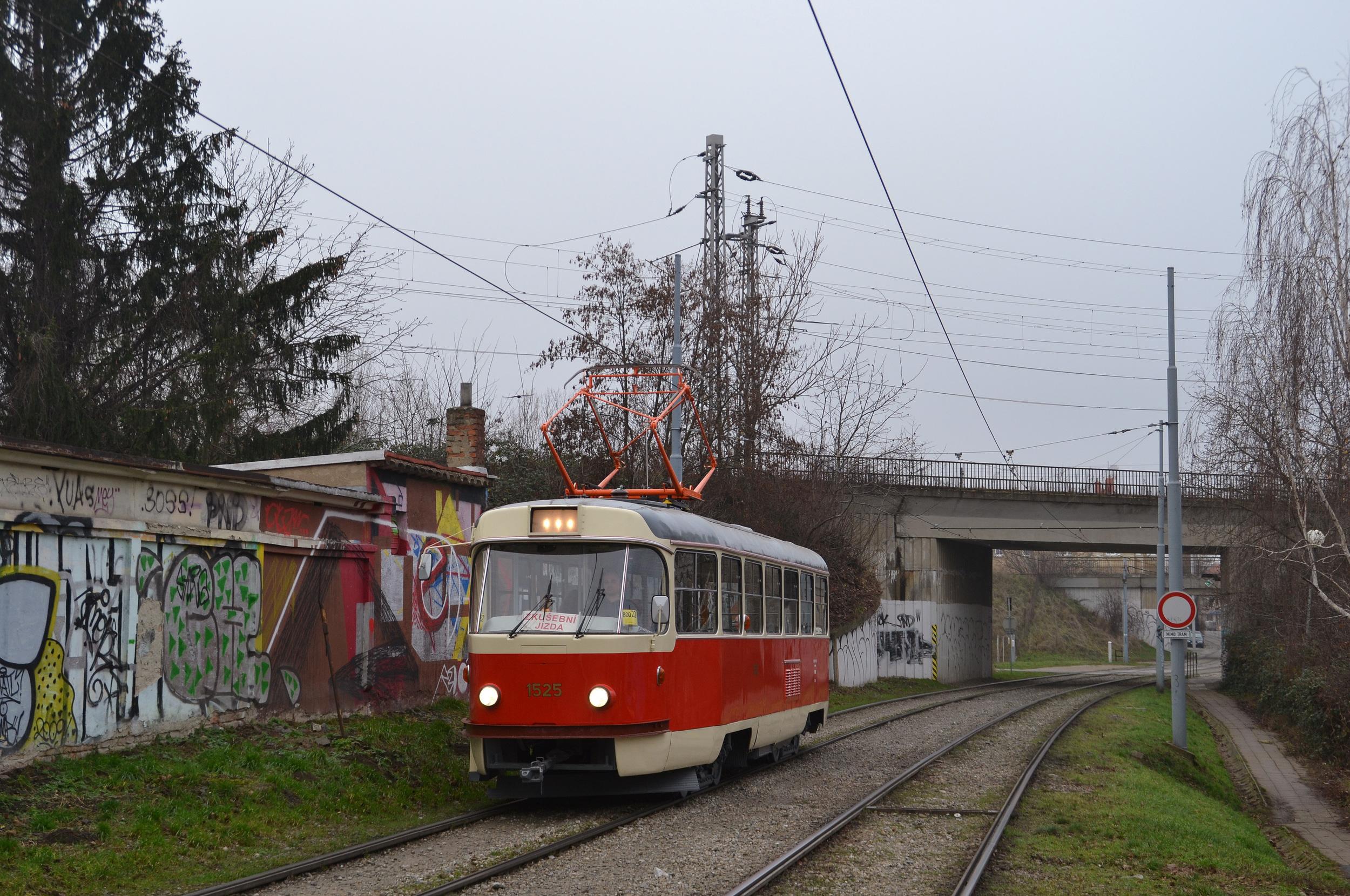 Vůz svým provedením po opravě odpovídá 2. polovině 80. let. (foto: Ing. Jiří Černý)