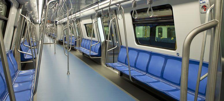 Jednotky od firmy CAF pro metro v Bukurešti jsou řešeny jako průchozí. (foto: CAF)