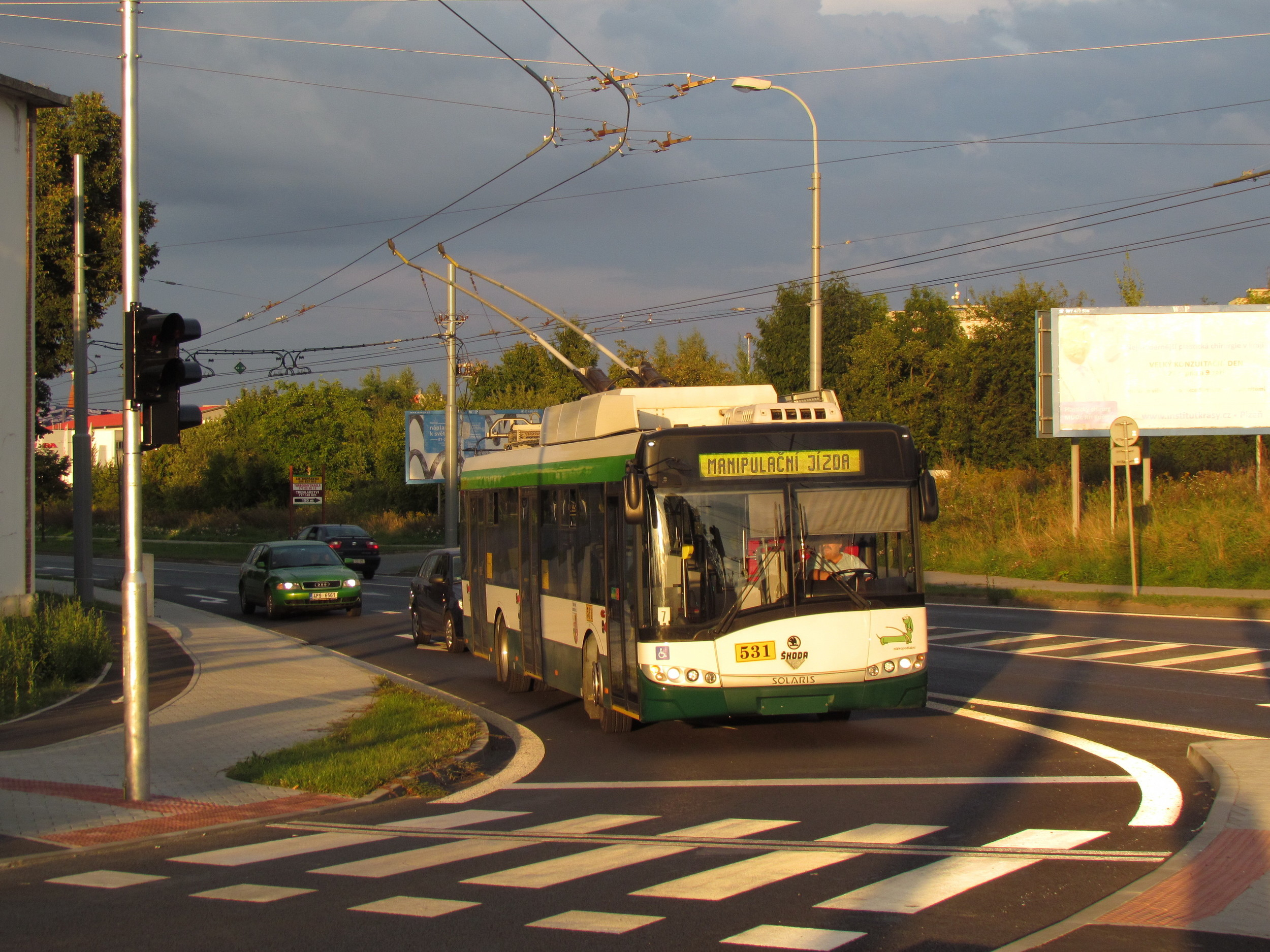 Škoda Electric uzavřela rámcovou smlouvu na dodávku až 30 trolejbusů na jaře 2015. V roce 2016 bude na jejím základě pořízeno osm nových vozidel Škoda 26 Tr-Solaris. (foto: Zdeněk Kresa)