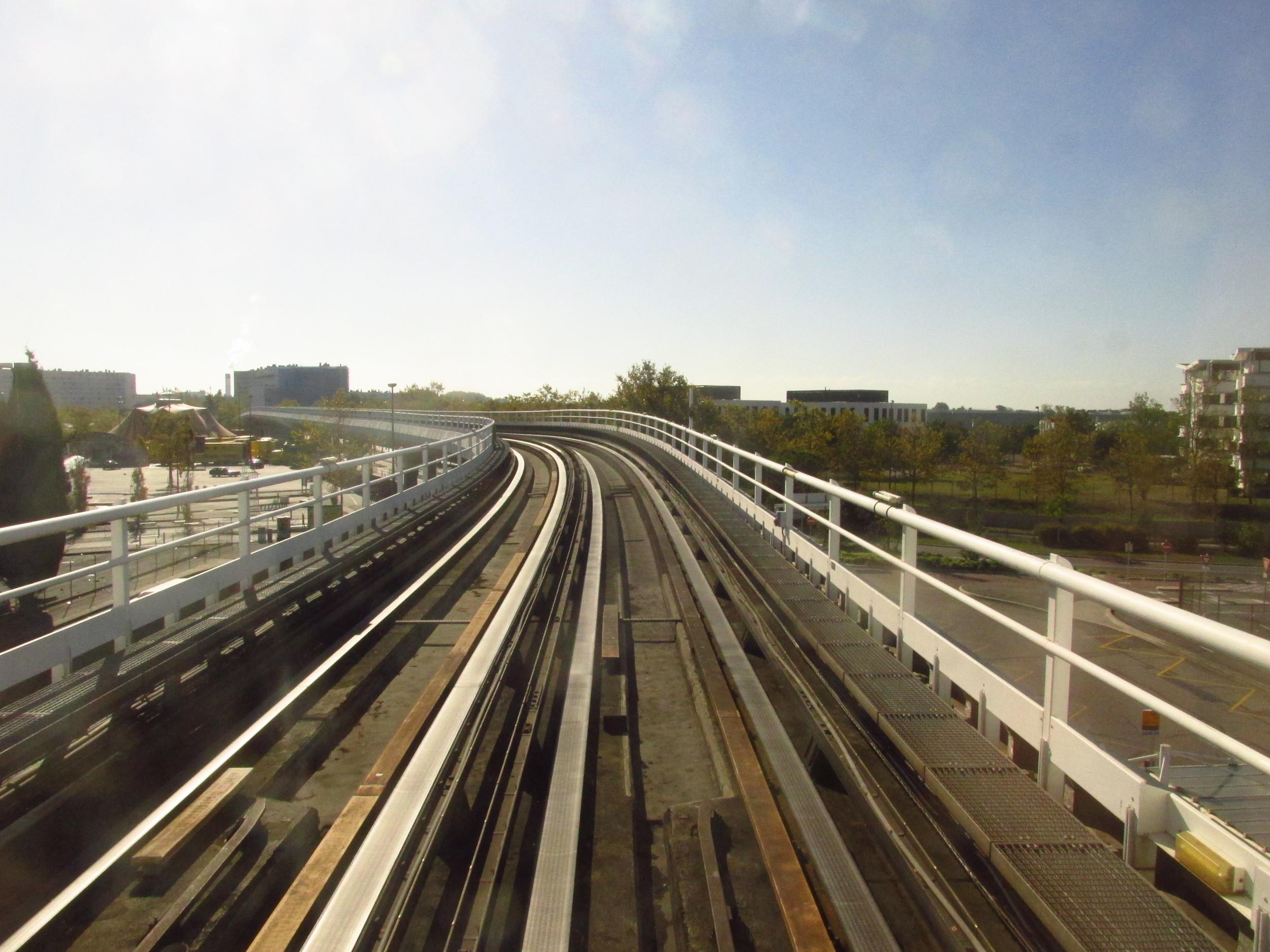 Pohled na řešení trati systému VAL. (foto: Ing. Filip Jiřík)