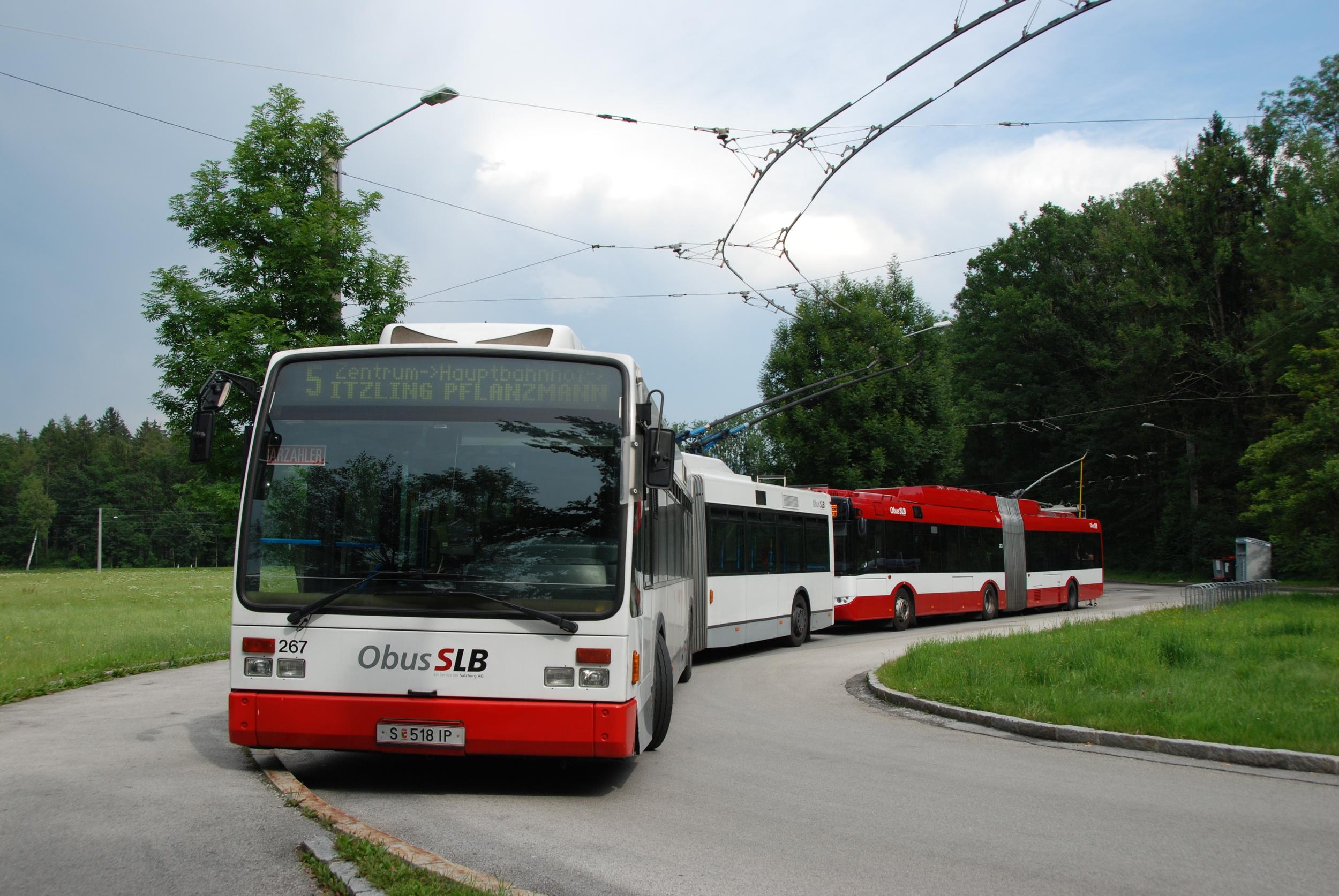 Rakouský Salzburg je pro mnohá evropská města vzorem. Ostatně jeho přístup k ekologii a trolejbusové dopravě ja jednoznačně příkladný. (foto: Libor Hinčica)