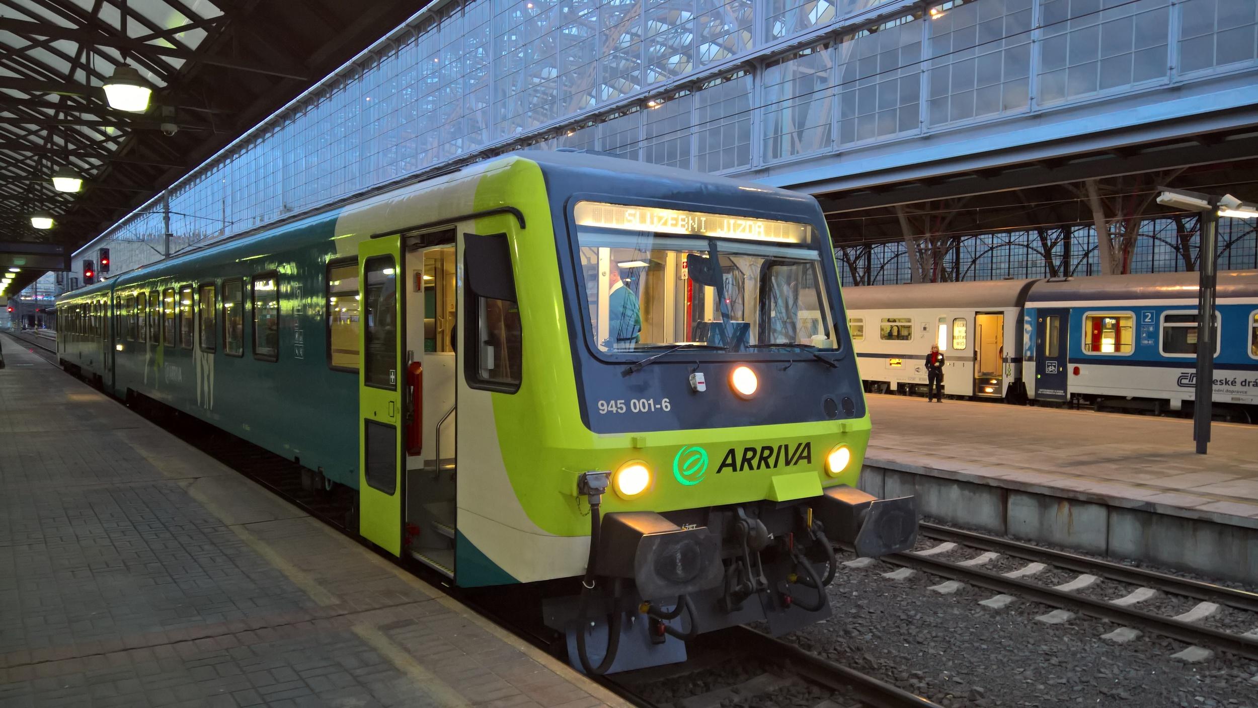 Jednotka řady 845 původně sloužila u Deutsche Bahn. (foto: Arriva)