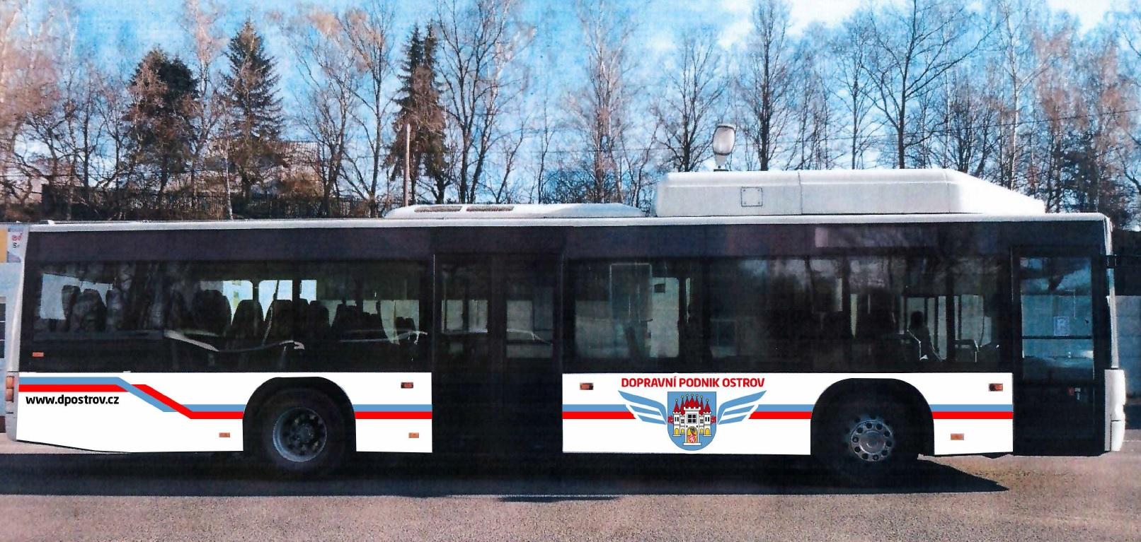 První fotografie autobusu Neoplan Centroliner uveřejněná městem Ostrov. (zdroj: www.ostrov.cz)