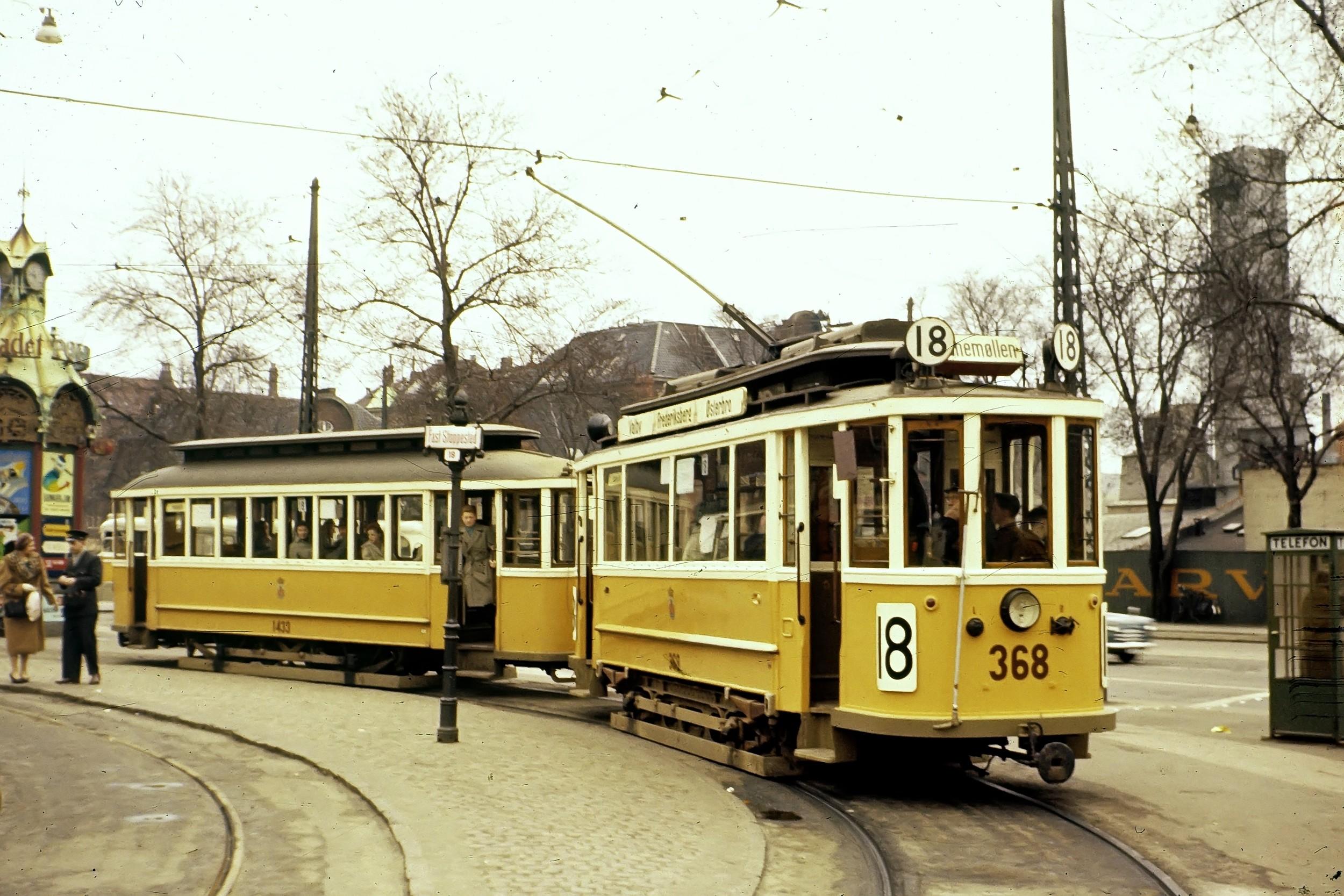 Tramvajová souprava v ulicích Kodaně. (zdroj: Wikipedia.org)