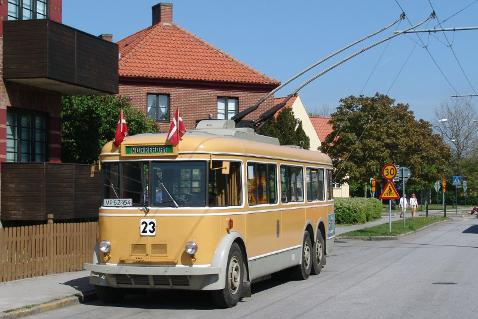 Trolejbus sloužící původně na lince spojující Kodaň s Gentofte je možné obdivovat v muzejních sbírkách. (zdroj: Muzeum Skjoldenæsholm)