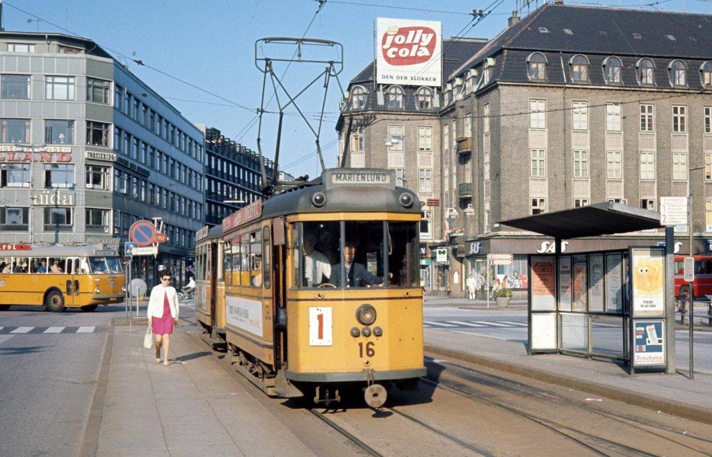 Původní tramvajový provoz v Aarhusu přestal sloužit svému účelu v roce 1971. (zdroj: Wikipedia.org)