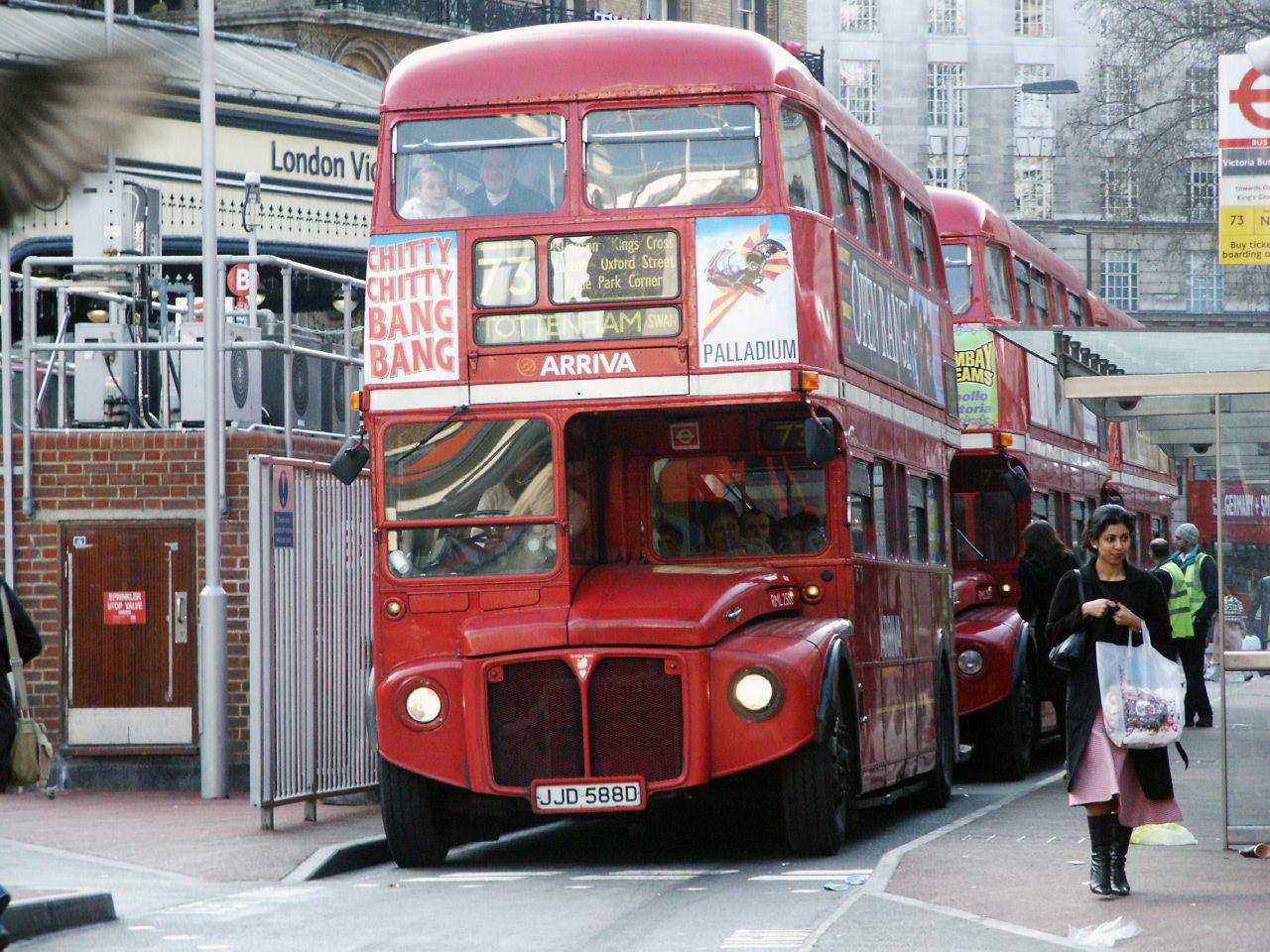 Bezpochyby největším provozovatelm Routemasterů byl Londýn. Z téměř 2 900 autobusů jich provozoval 2 647. (zdroj: Wikipedia.org)