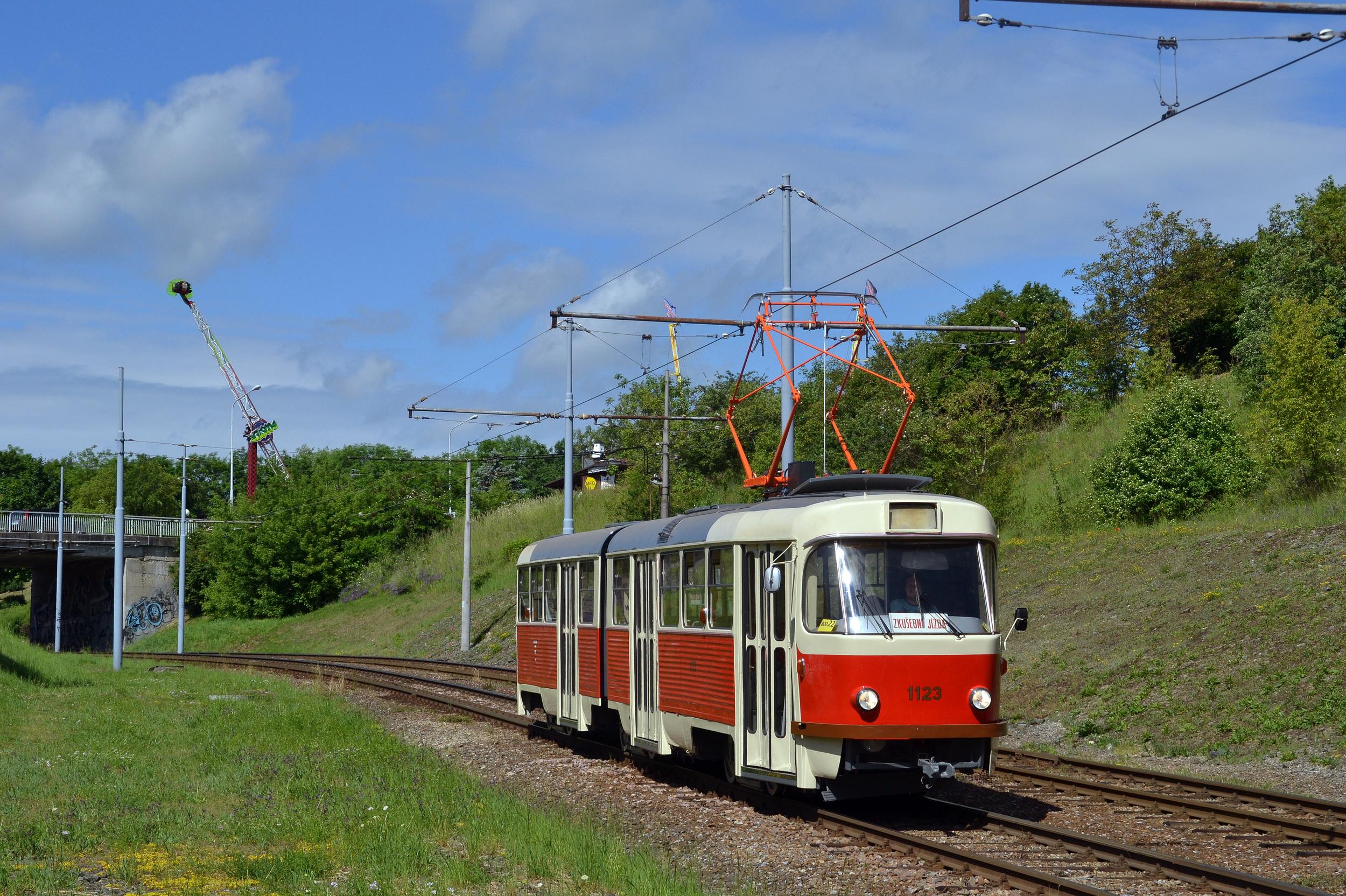 Ukázkově zrekonstruovaný vůz K2 ev. č. 1123 bude jistě pýchou brněnské sbírky retro vozidel. (foto: Ing. Jiří Černý)