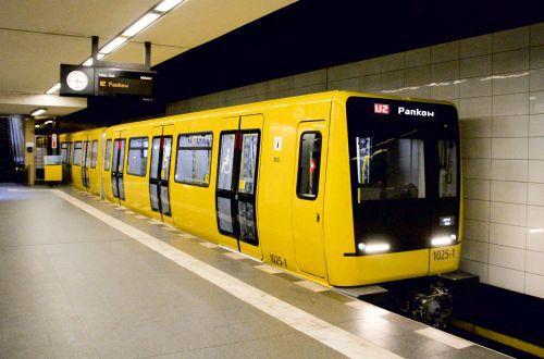 Jednotky metra Stadler IK jsou určeny pro linky U1-U4. (foto: Stadler)