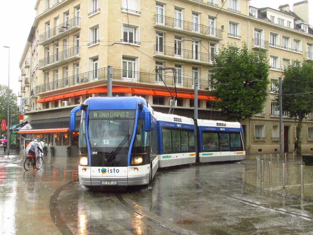 """Současná podoba """"tramvají na pneumatikách"""" v Caen. (foto: Ing. Filip Jiřík)"""