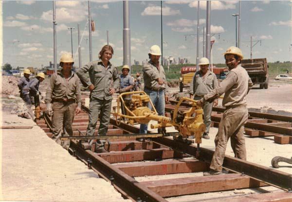 Takto se ve druhé polovině 80. let Premetro budovalo. ( snímek: Asociación Amigos del Tranvía)