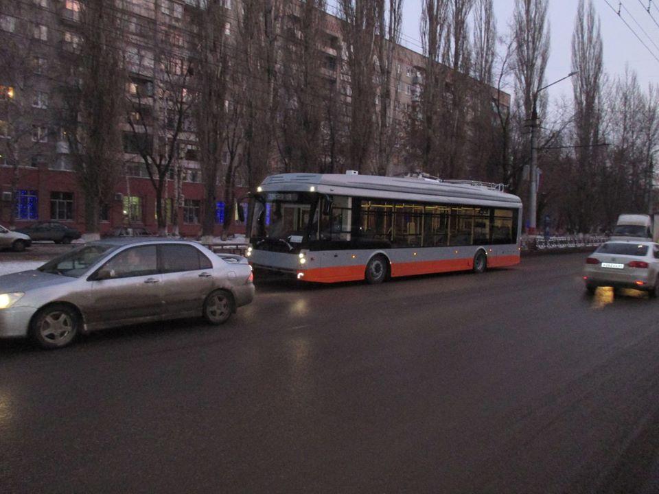 Jeden z nových vozů pro Rosario na zkouškách ve městě Engels. (foto: Transphoto.ru; autor nezjištěn)