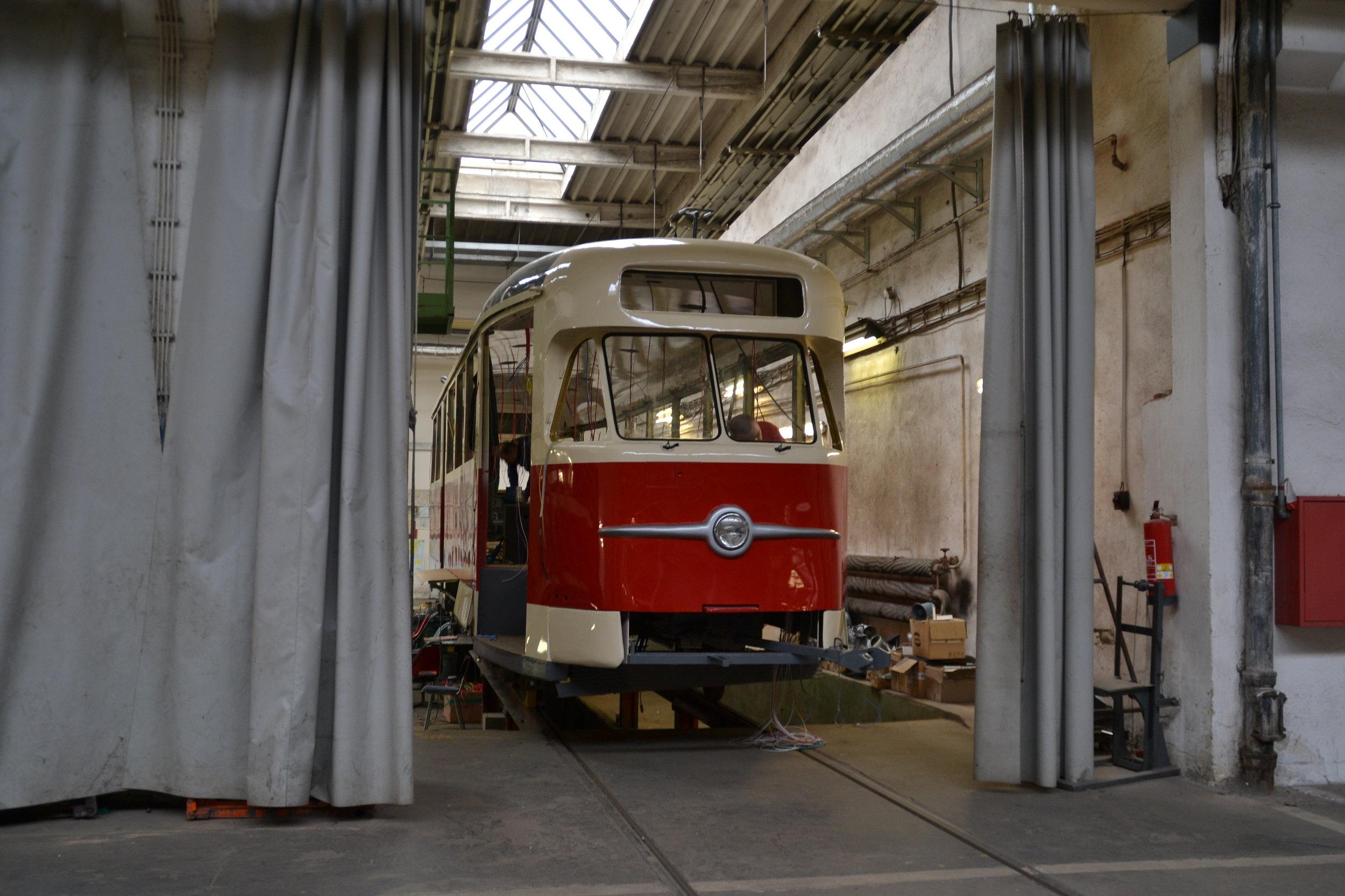 Mezi retro vozidly brněnského DP přibude brzy i vůz T2 ev. č. 1435. (foto: Ing. Jiří Černý)