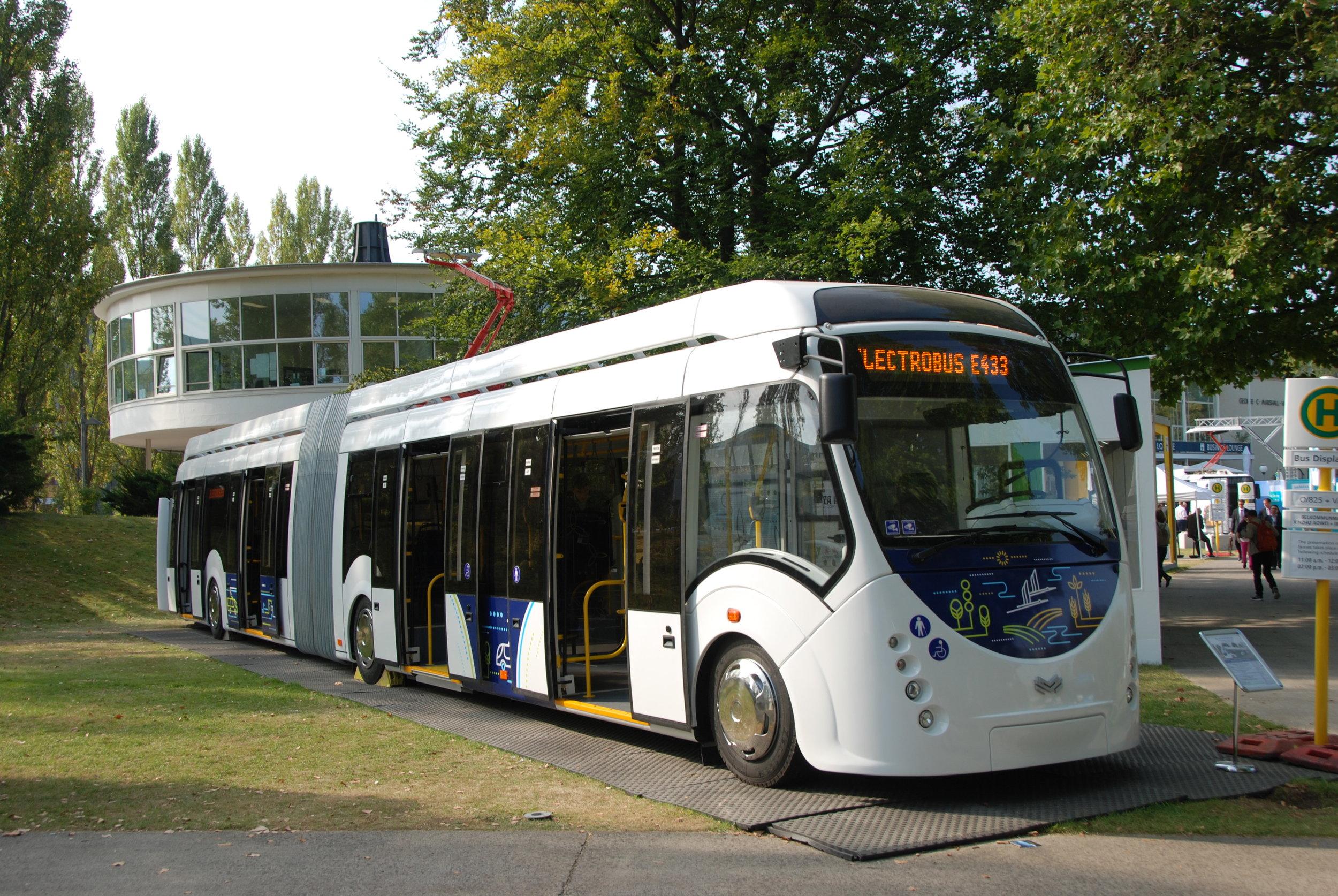 Svůj elektrobus představil na loňském veletrhu InnoTrans i běloruský Belkomunmaš. (foto: Libor Hinčica)