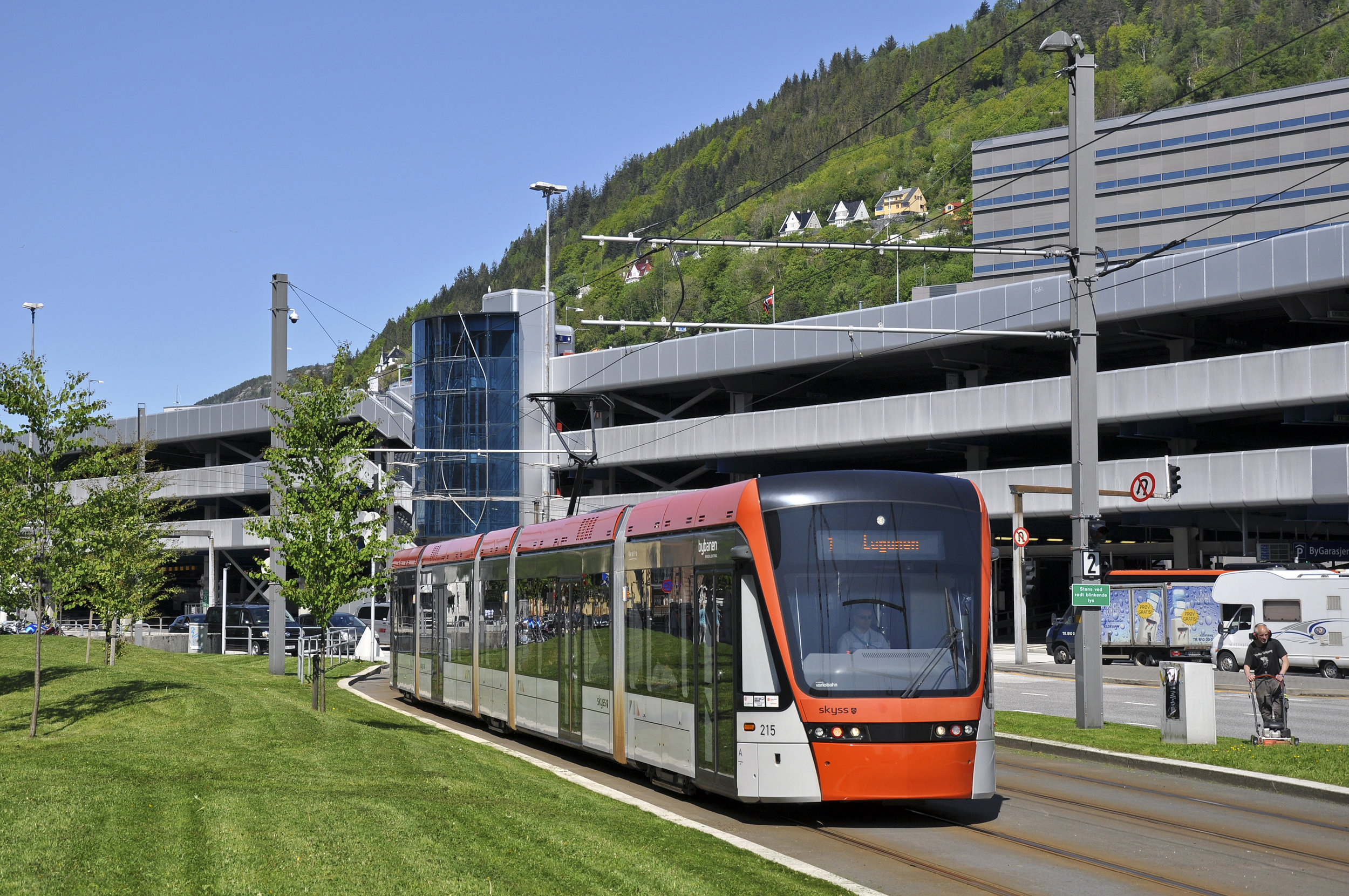 Variobahn od Stadleru v Bergenu. (foto: Ing. Petr Malinovský)