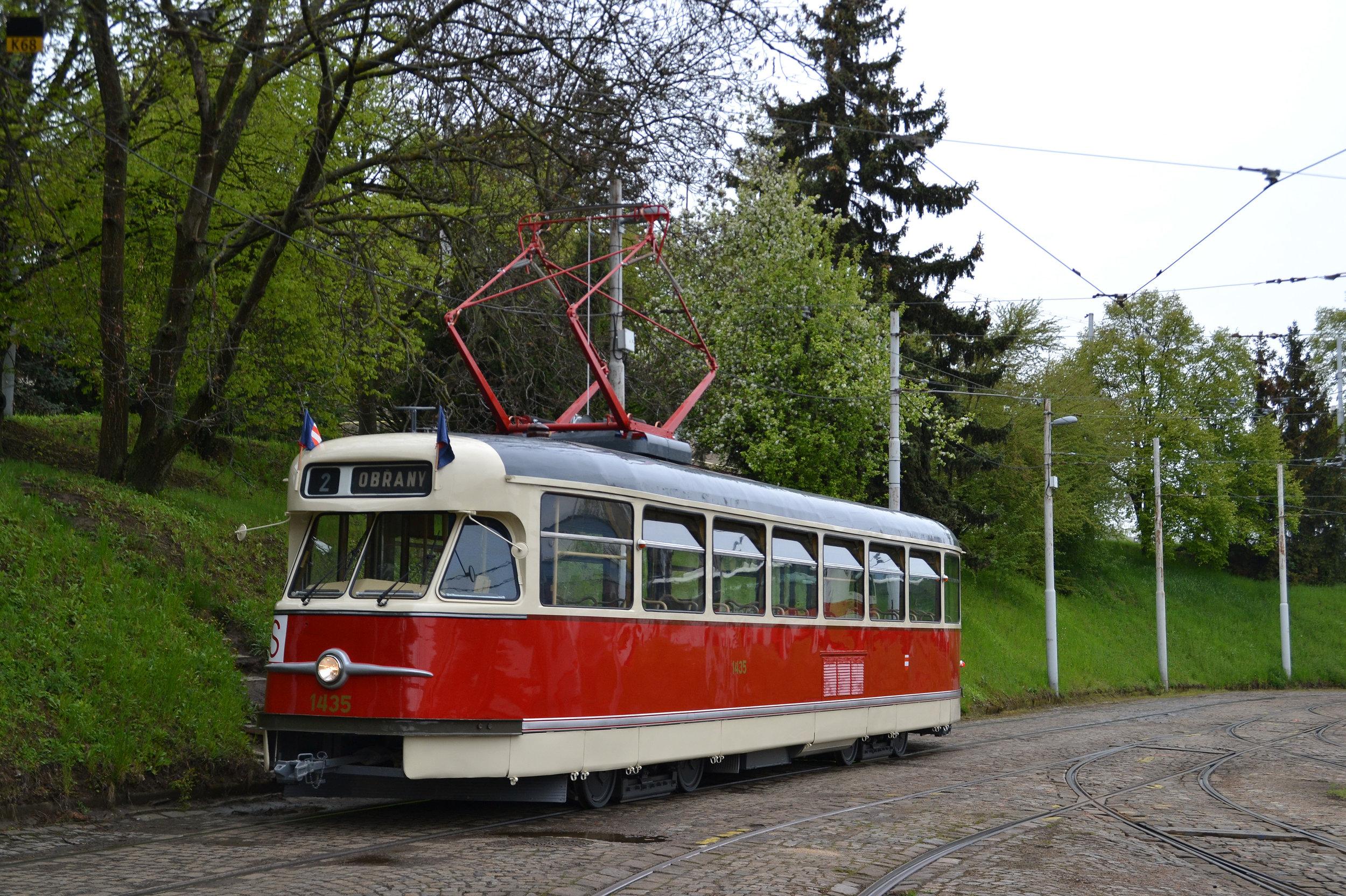 Vůz T2 ev. č. 1435 se jistě stane velkým lákadlem pro fanoušky veřejné dopravy. (foto: Ing. Jiří Černý)