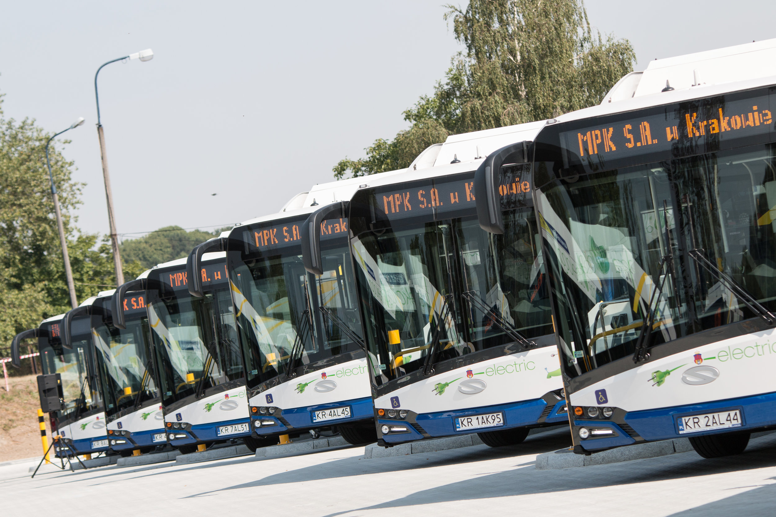 Nové elektrobusy pro Krakov. Celkem jich dopravce pořídil 20. (foto: Solaris Bus & Coach)