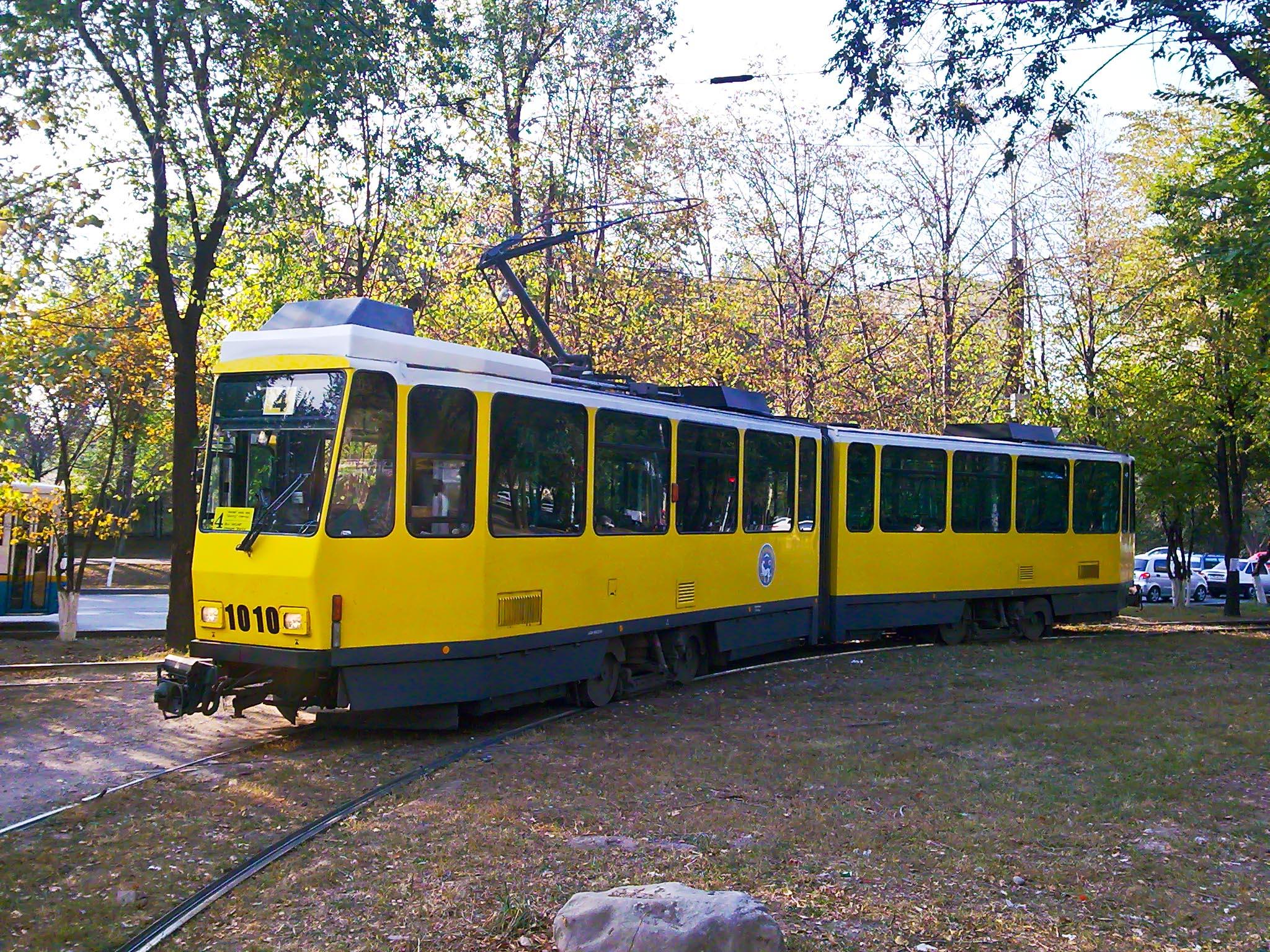 KT4DtM byl poslednítyp tramvaje, který se v almatských ulicích objevoval. (foto: Wikipedia)